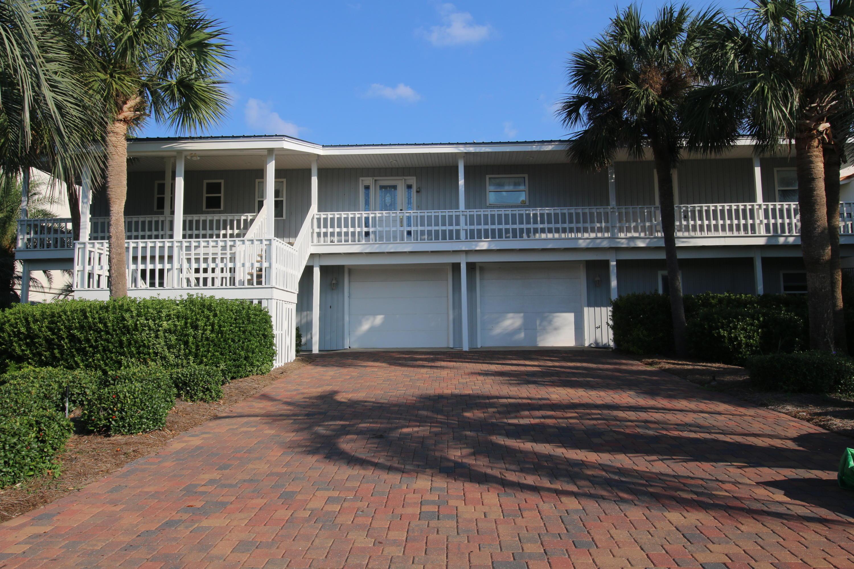 Photo of home for sale at 621 Lagoon, Destin FL