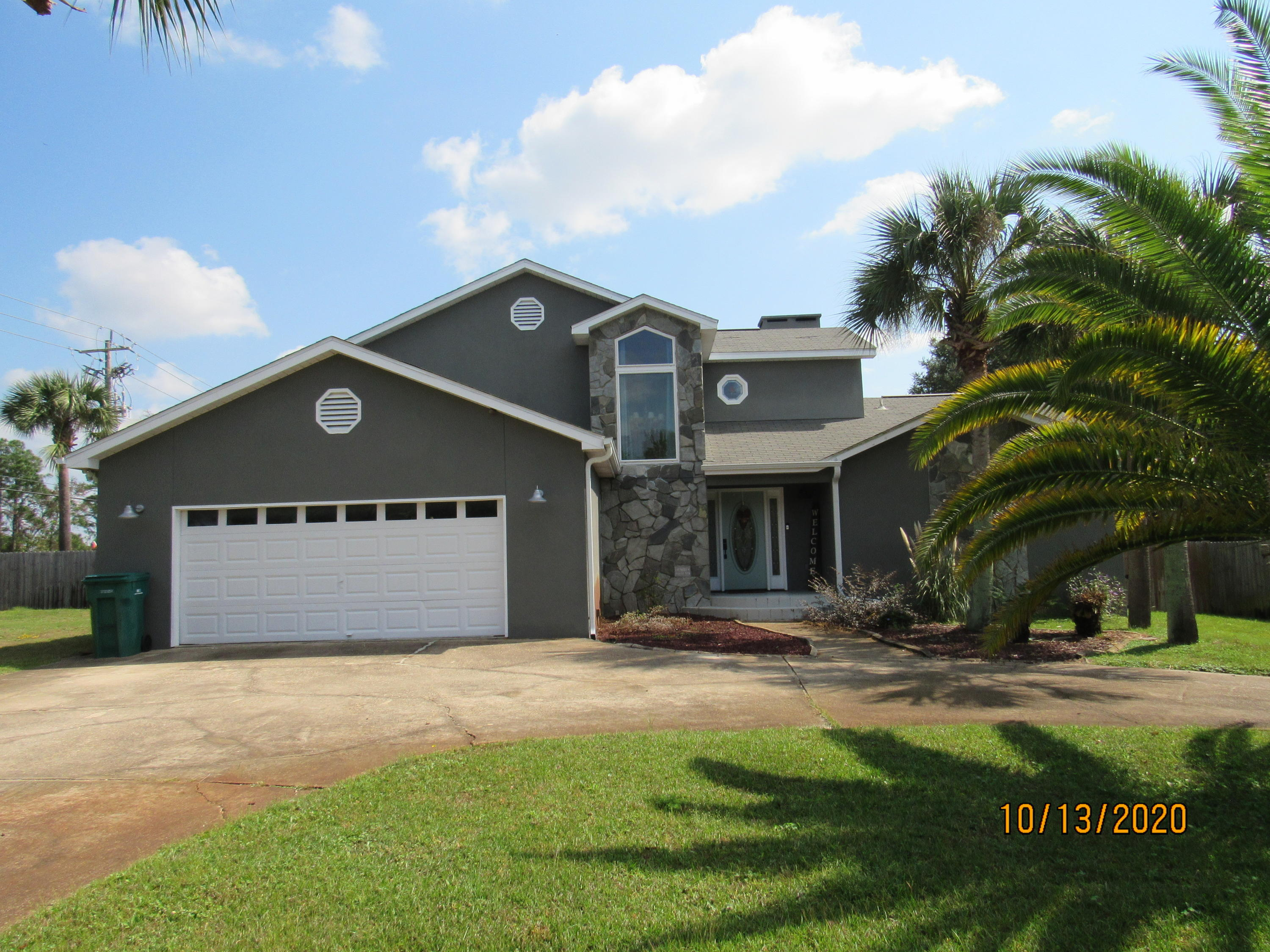 Photo of home for sale at 459 Rankin, Mary Esther FL