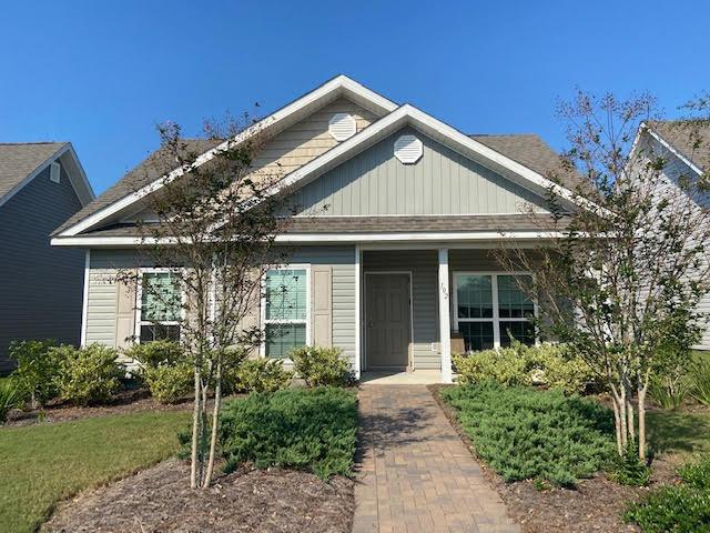 Photo of home for sale at 102 Cornelia, Freeport FL