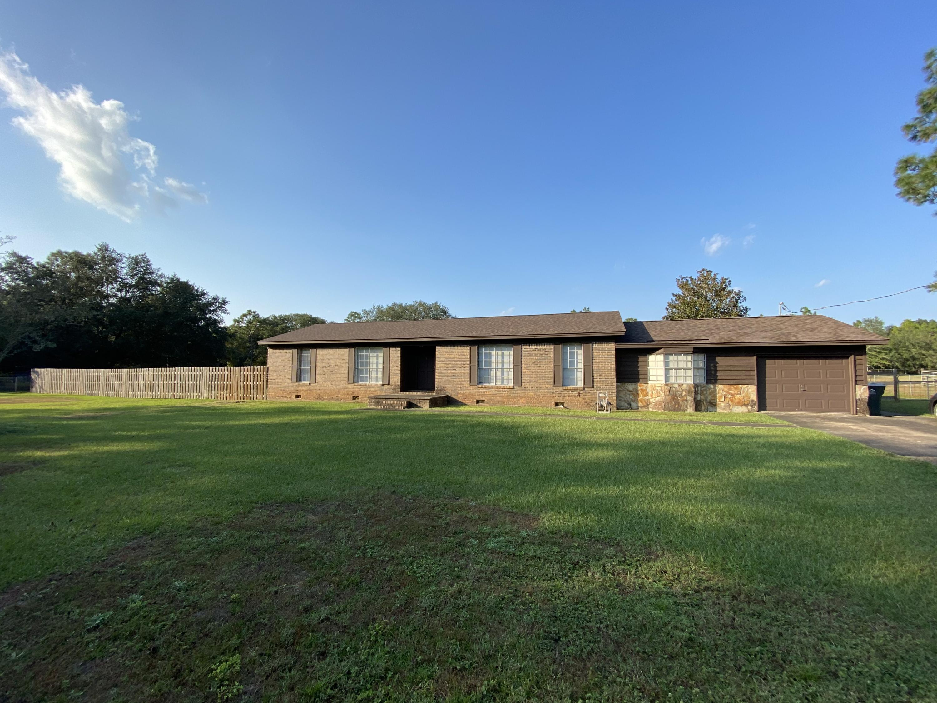 Photo of home for sale at 11450 Floridale, Harold FL