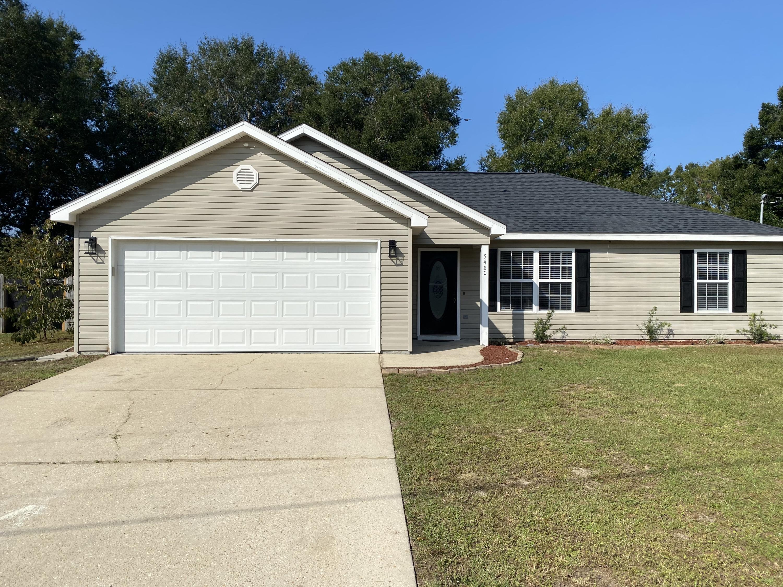 Photo of home for sale at 5460 Haburn, Crestview FL
