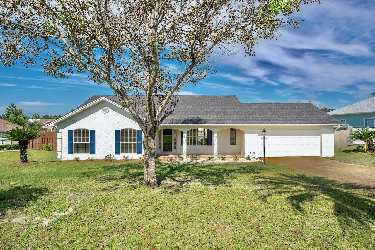 Photo of home for sale at 22106 Sunnyside, Panama City Beach FL