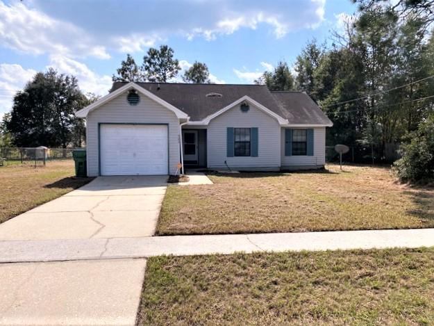 Photo of home for sale at 422 Brown, Crestview FL