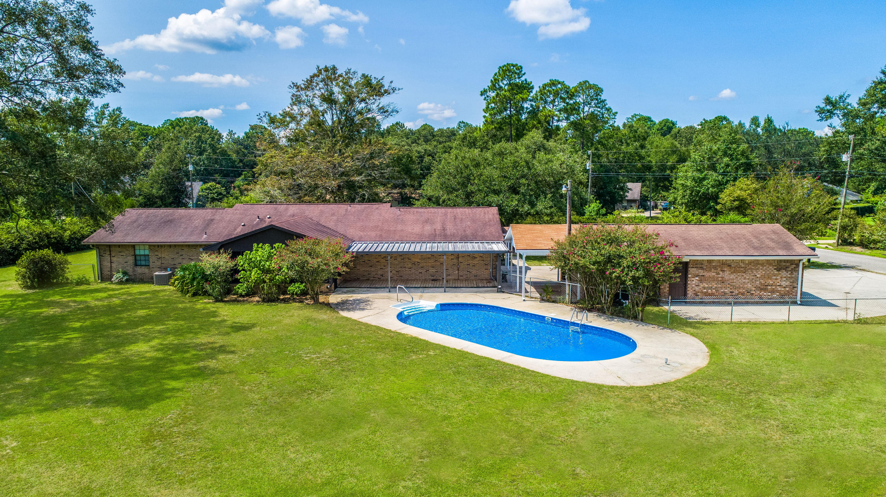 Photo of home for sale at 3417 Barkwood, Pace FL