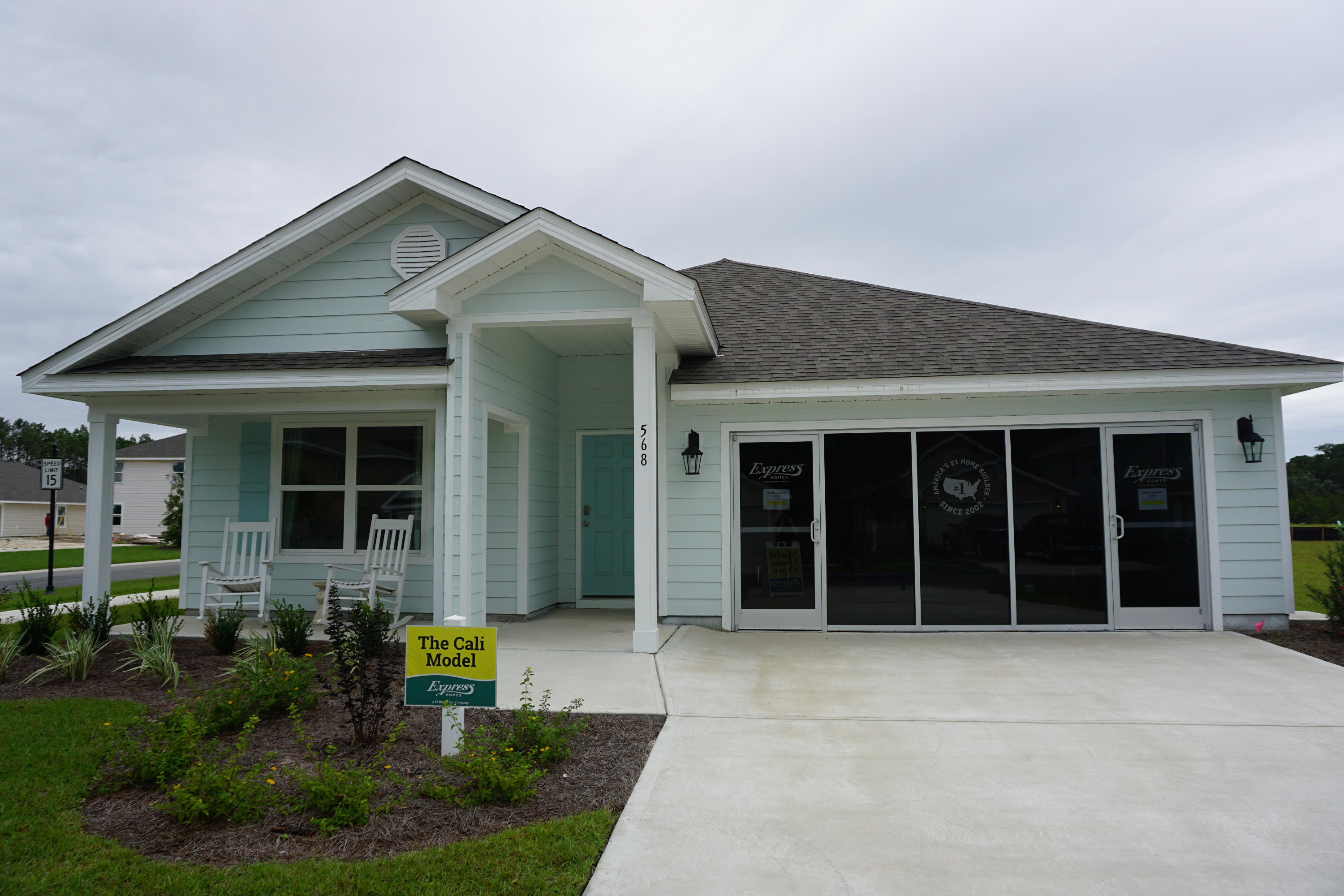 Photo of home for sale at 325 This Way, Freeport FL