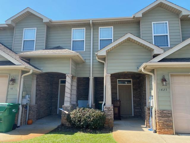 Photo of home for sale at 1825 Sound Haven, Navarre FL