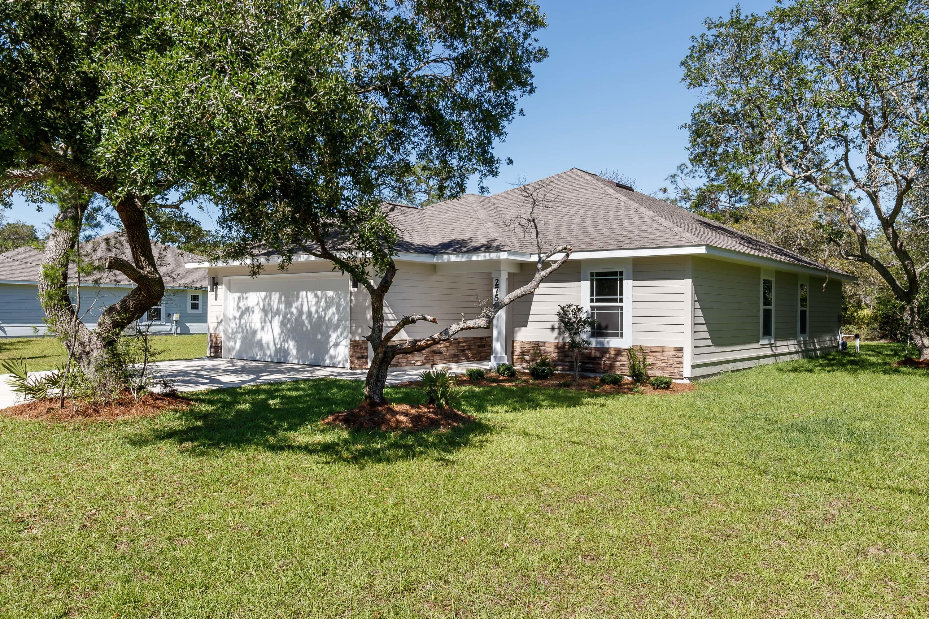 Photo of home for sale at 2104 Nina, Navarre FL