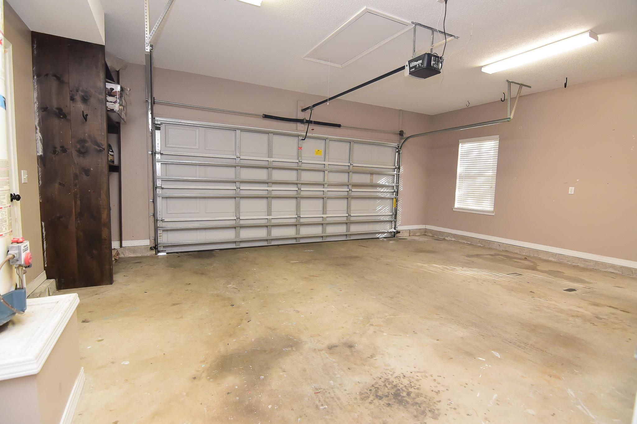 Photo of home for sale at 400 Parkwood, Niceville FL