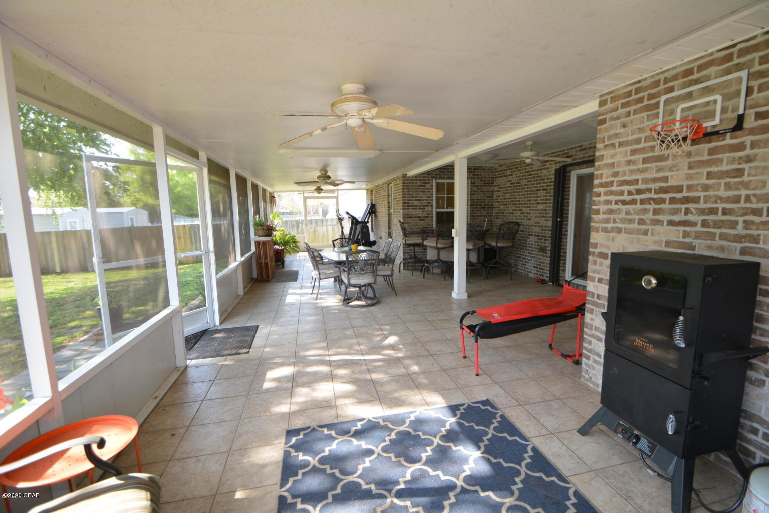 Photo of home for sale at 1105 Maryland, Lynn Haven FL