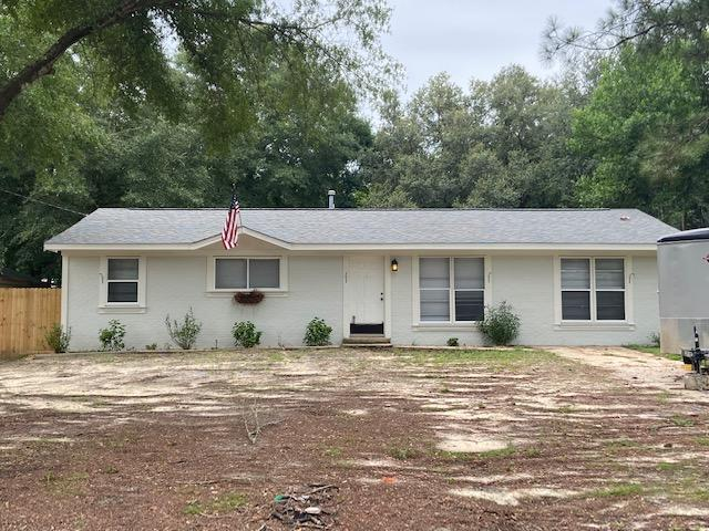 Photo of home for sale at 507 Forrest, Crestview FL