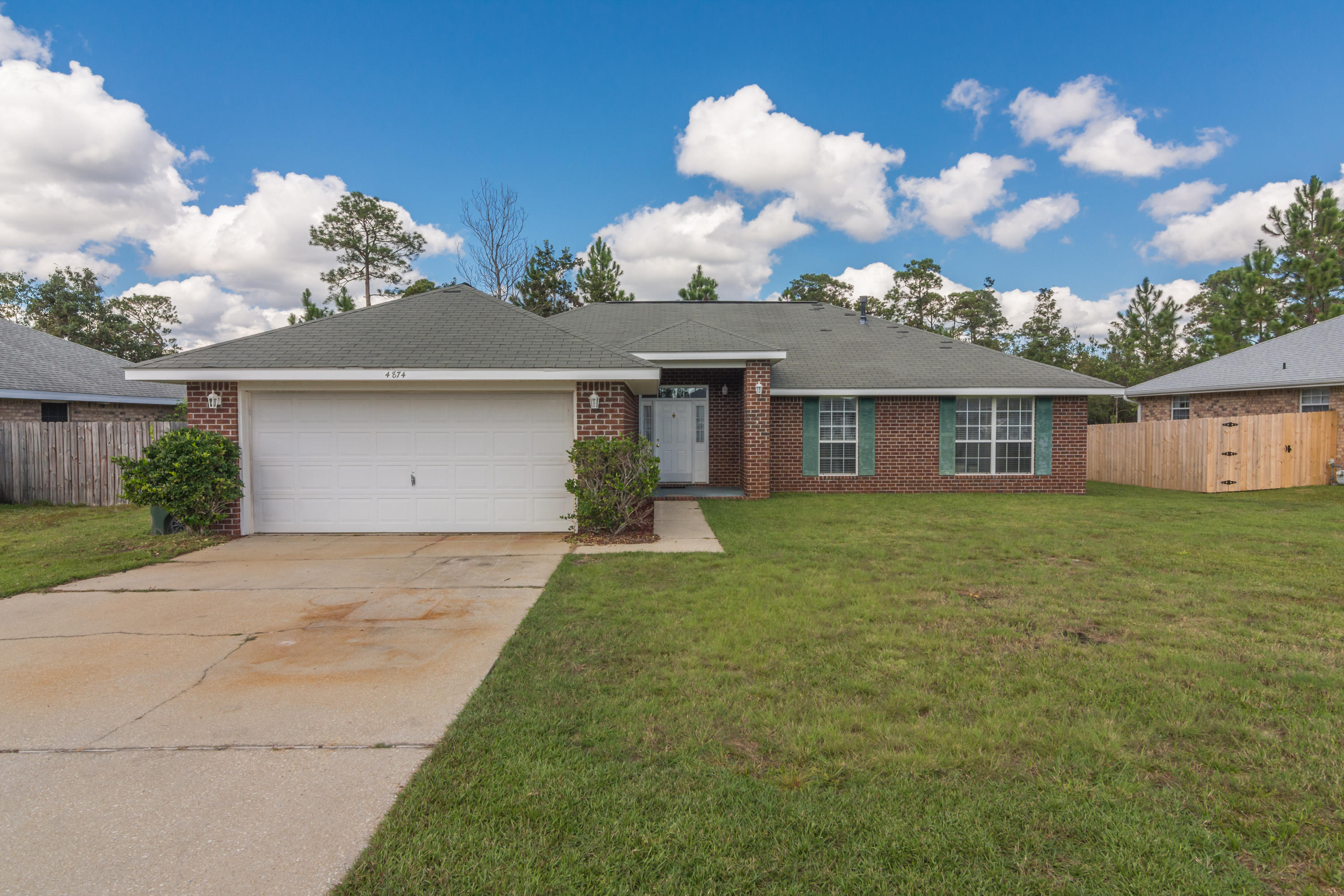 Photo of home for sale at 4874 Jaimee Leigh, Milton FL