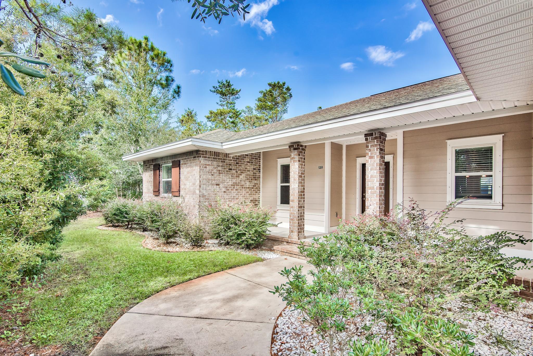 Photo of home for sale at 120 Wind Spray, Santa Rosa Beach FL