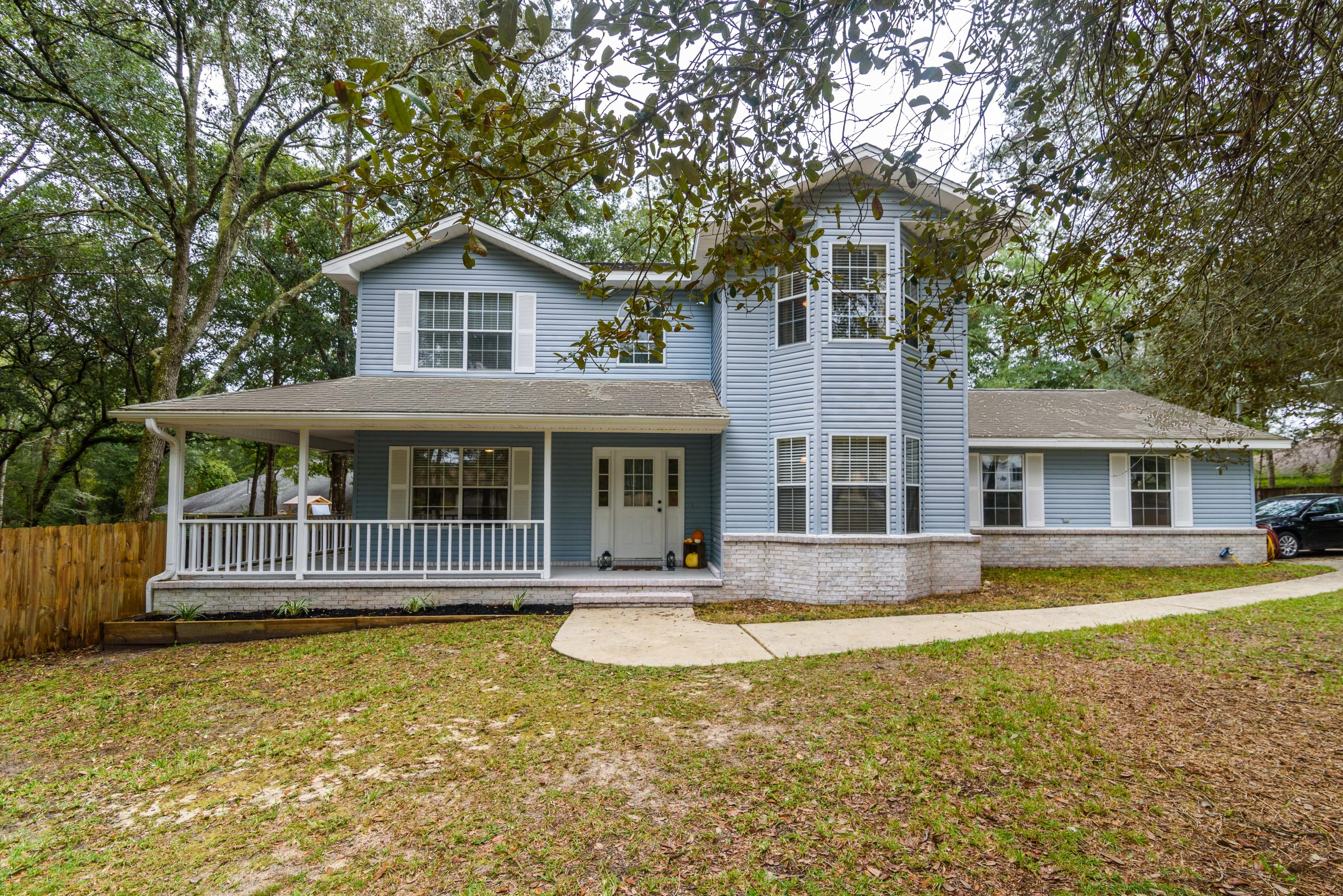 Photo of home for sale at 125 Brian, Crestview FL