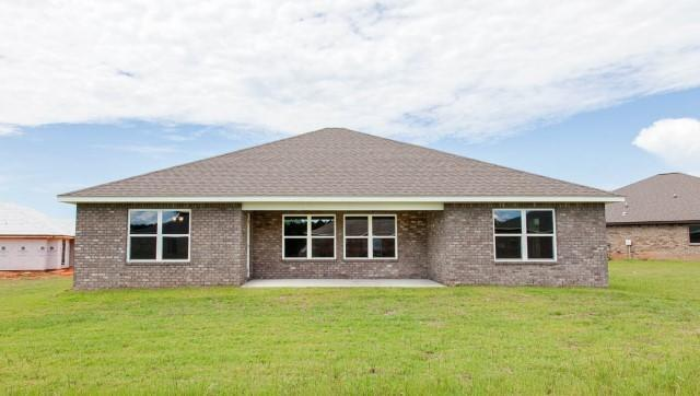 Photo of home for sale at 3479 Sparco, Crestview FL