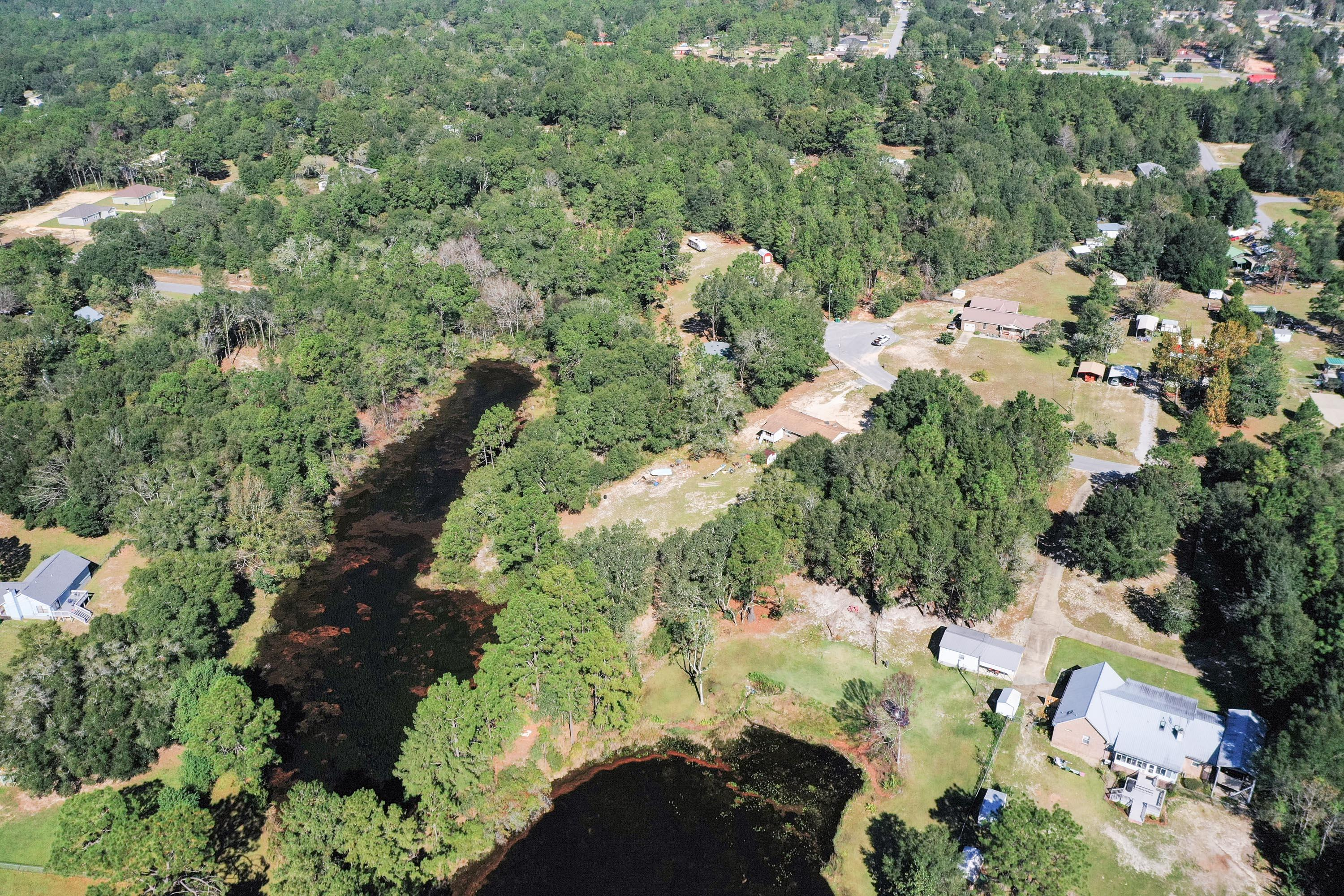 Photo of home for sale at 6061 Sonny, Crestview FL