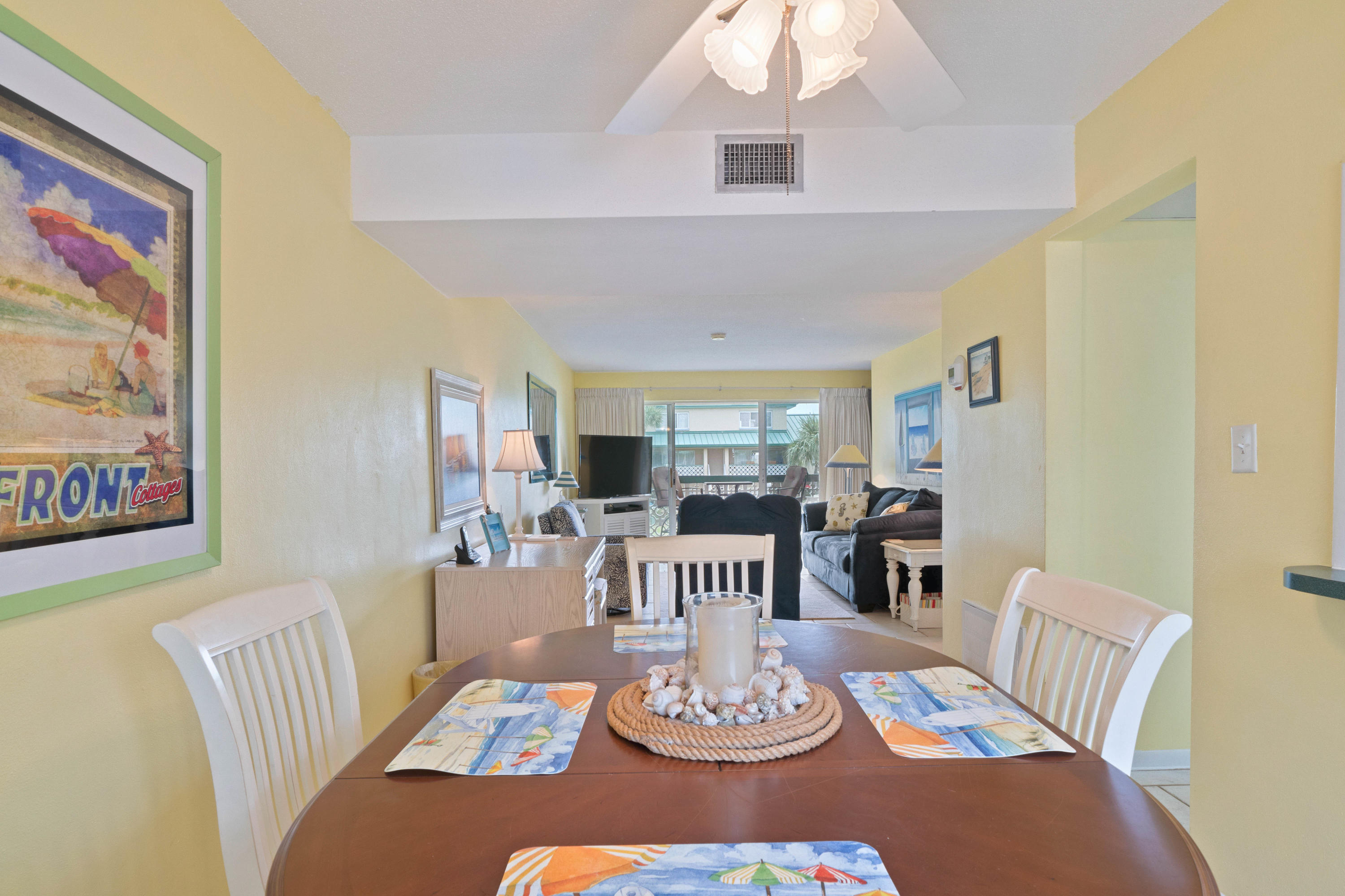Photo of home for sale at 1530 Miracle Strip Parkway, Fort Walton Beach FL