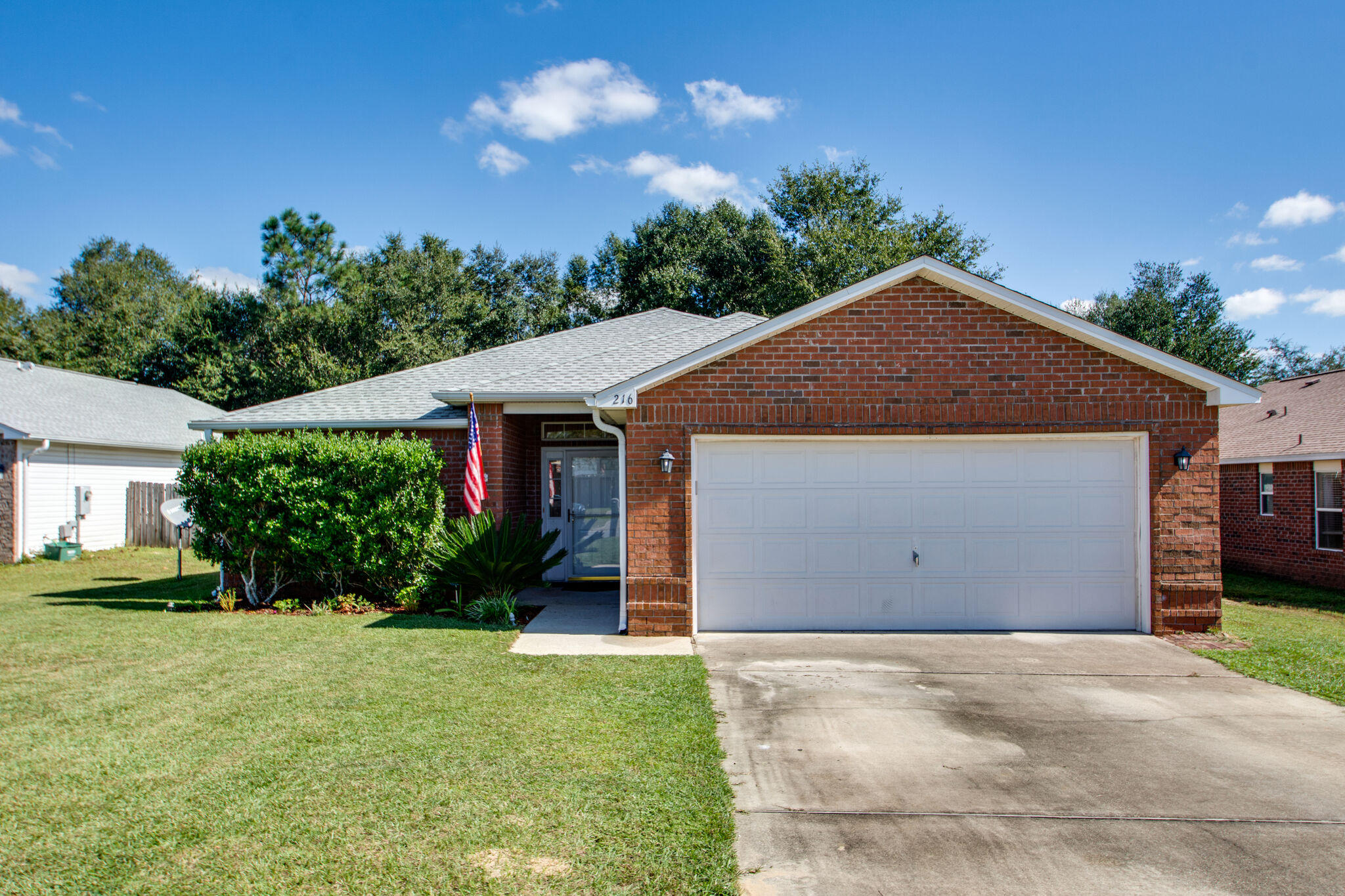 Photo of home for sale at 216 Limestone, Crestview FL