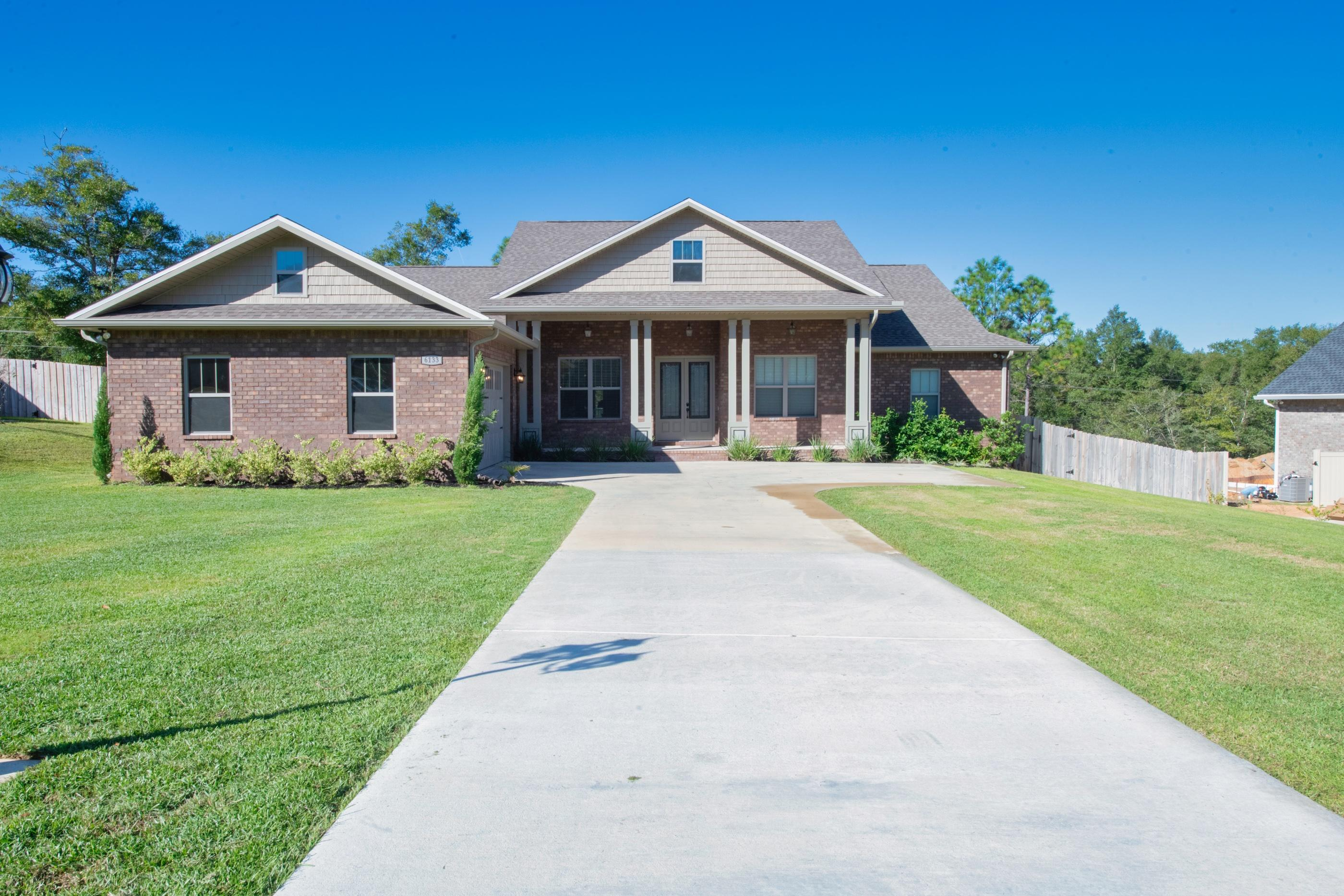 Photo of home for sale at 6133 Brickhill, Crestview FL