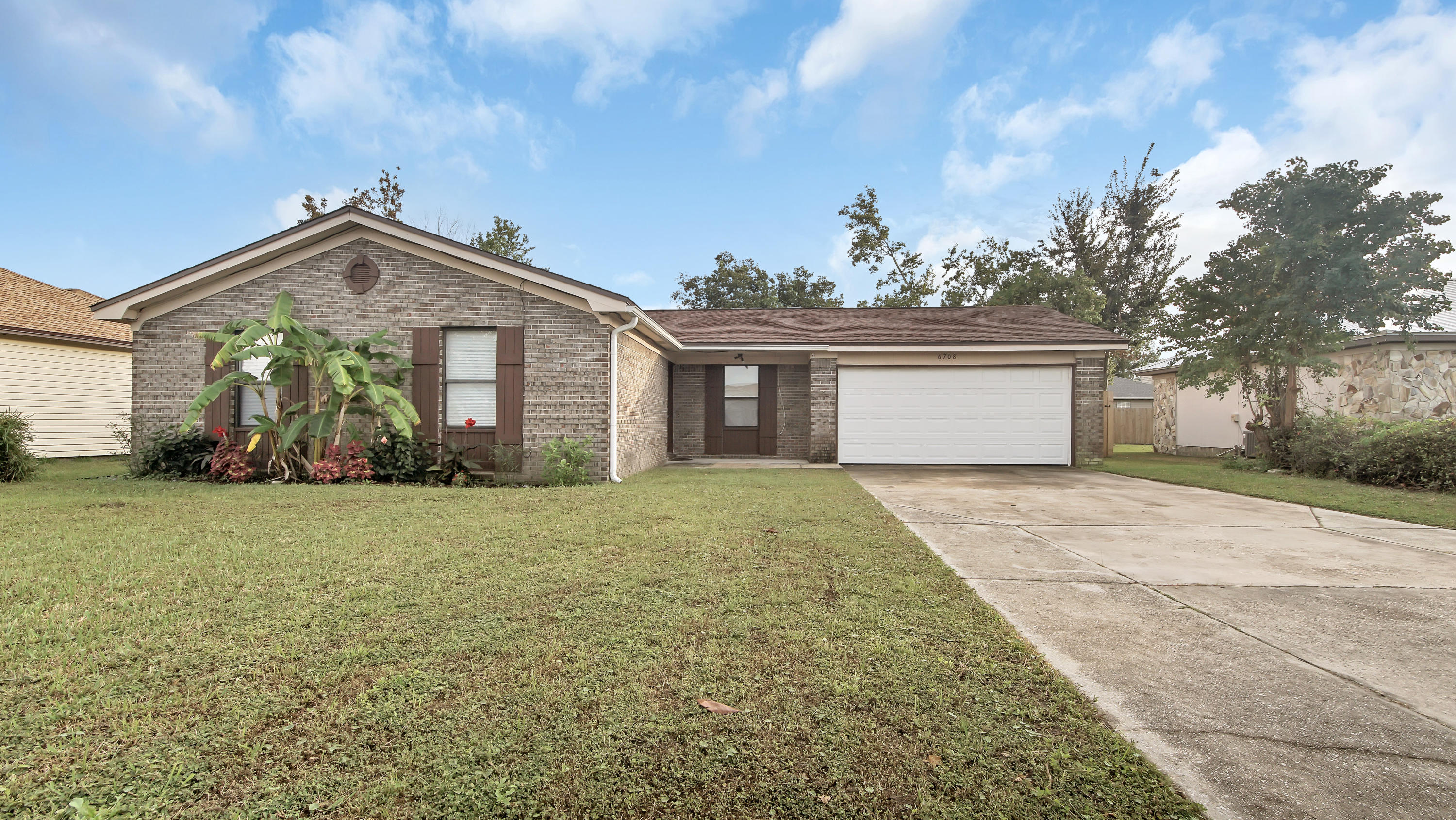 Photo of home for sale at 6708 Enzor, Panama City FL