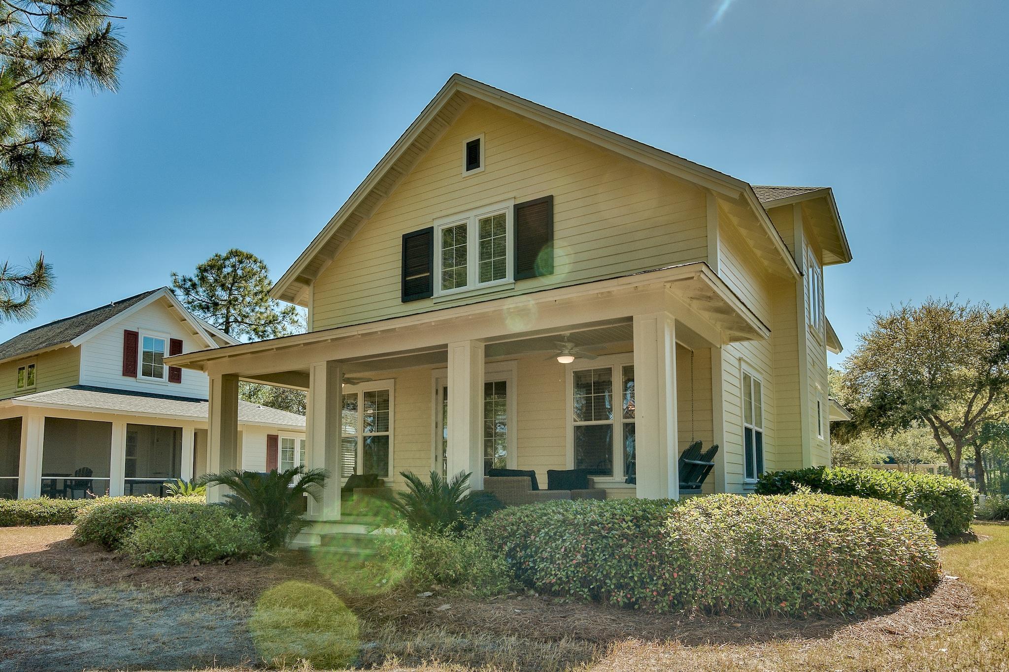 Photo of home for sale at 1374 Ravens Run, Miramar Beach FL