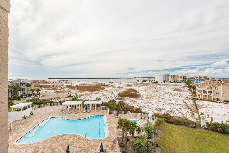 Photo of home for sale at 480 Gulf Shore, Destin FL