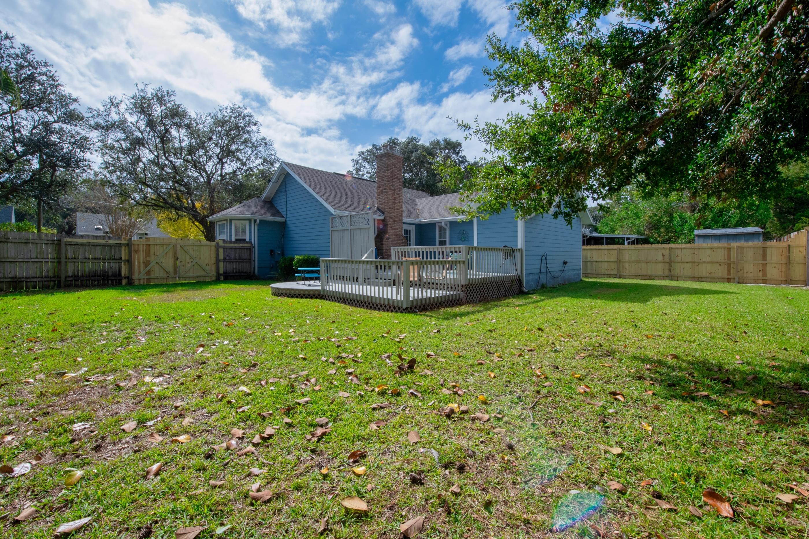 Photo of home for sale at 11 Winfield, Mary Esther FL