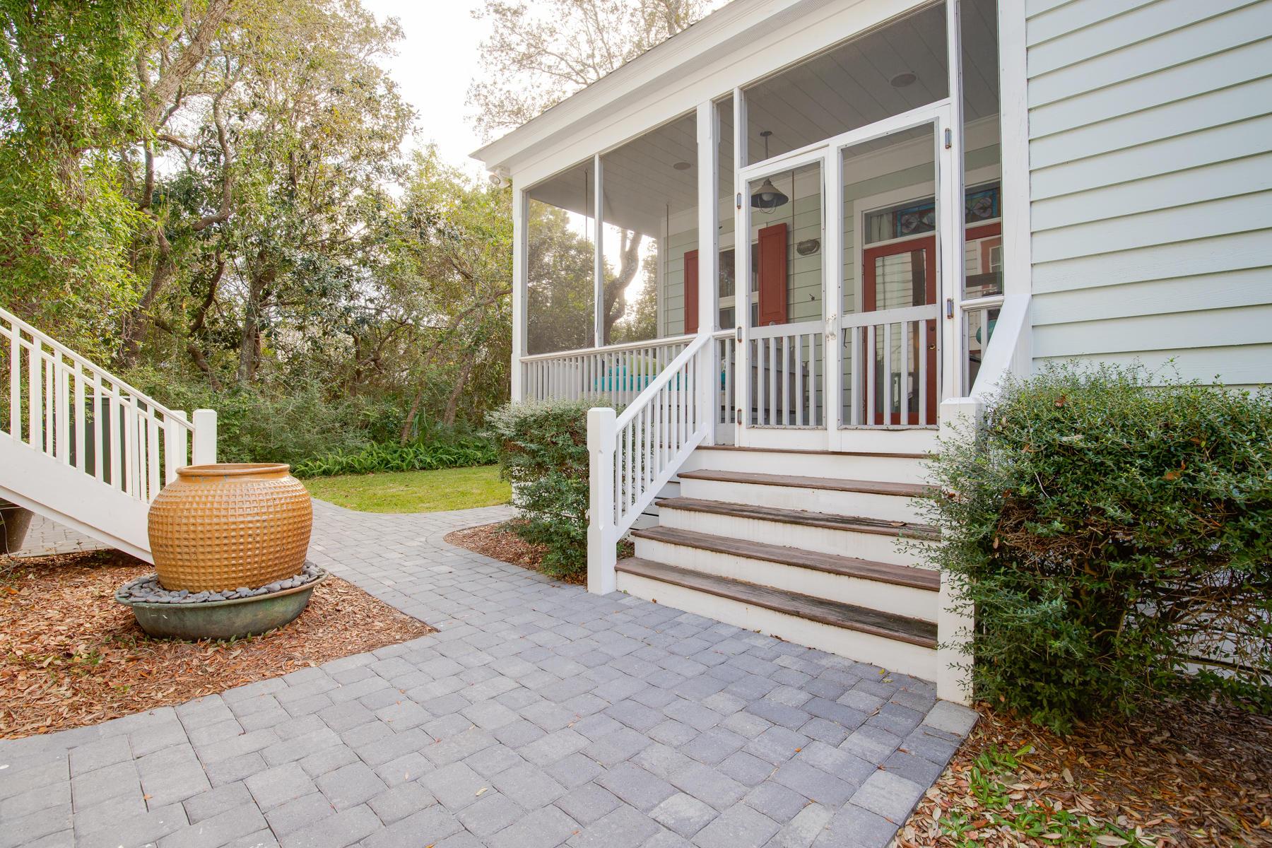 Photo of home for sale at 473 Defuniak, Santa Rosa Beach FL