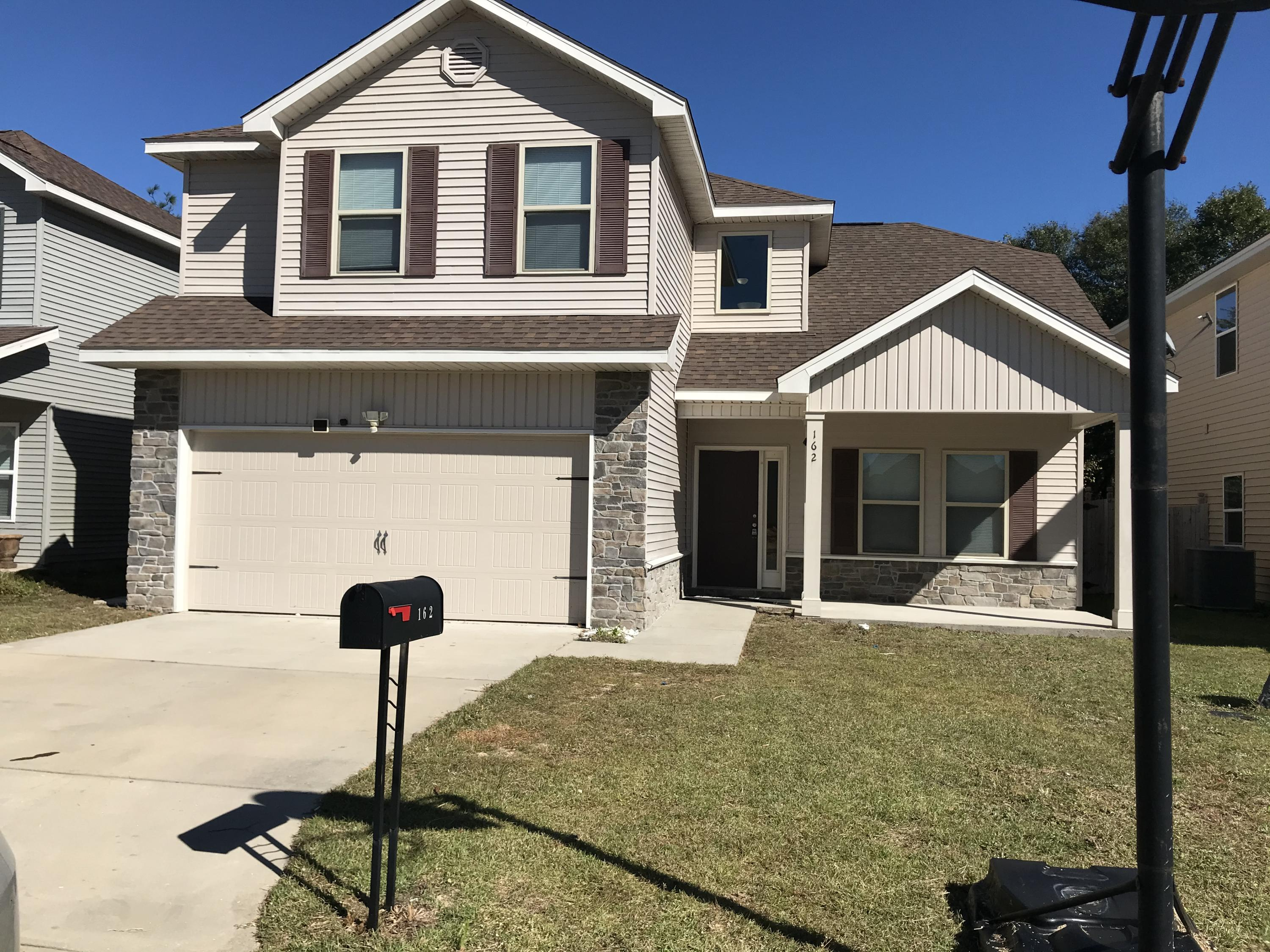 Photo of home for sale at 162 Peoria, Crestview FL