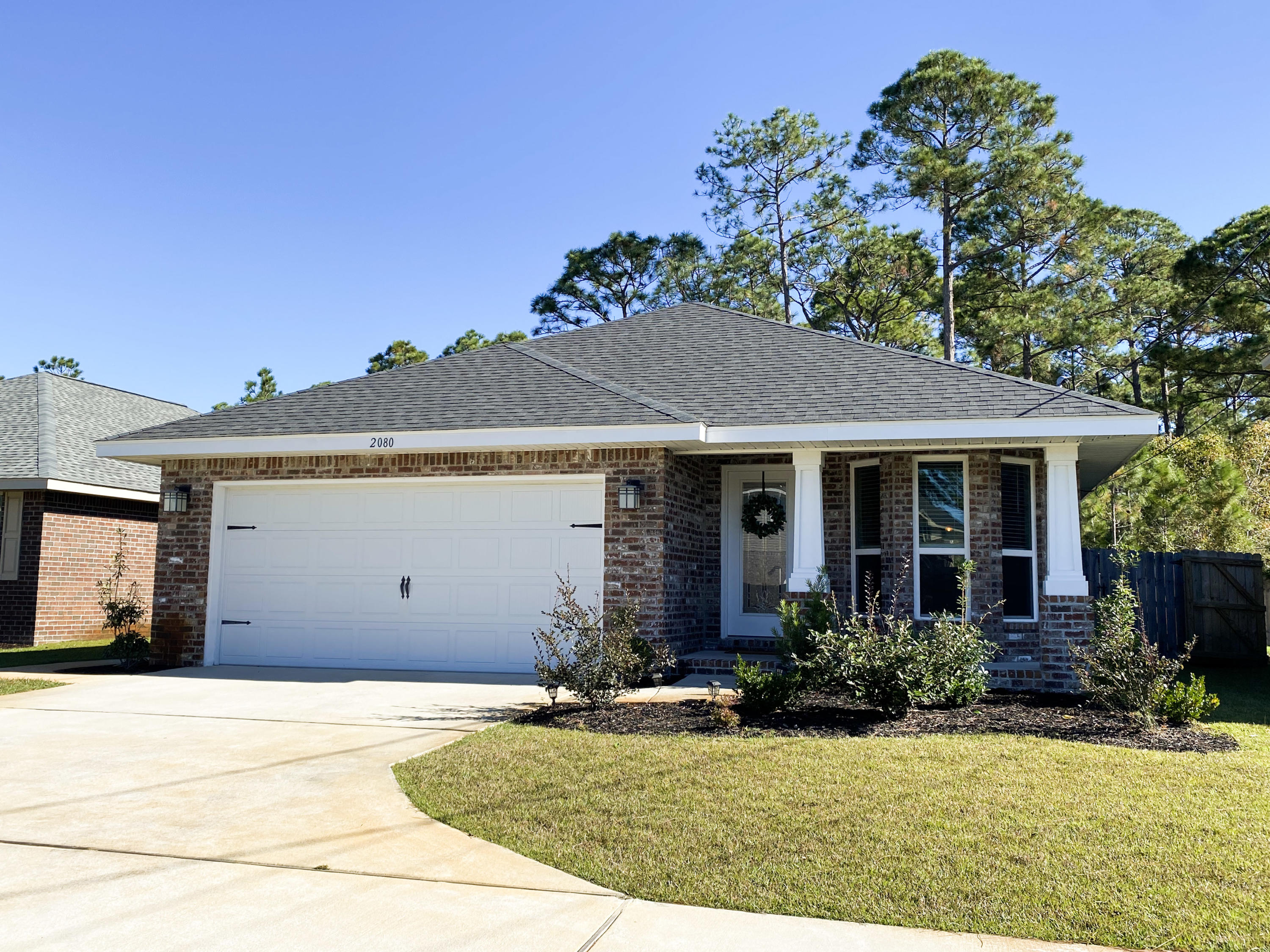 Photo of home for sale at 2080 Bergren, Gulf Breeze FL
