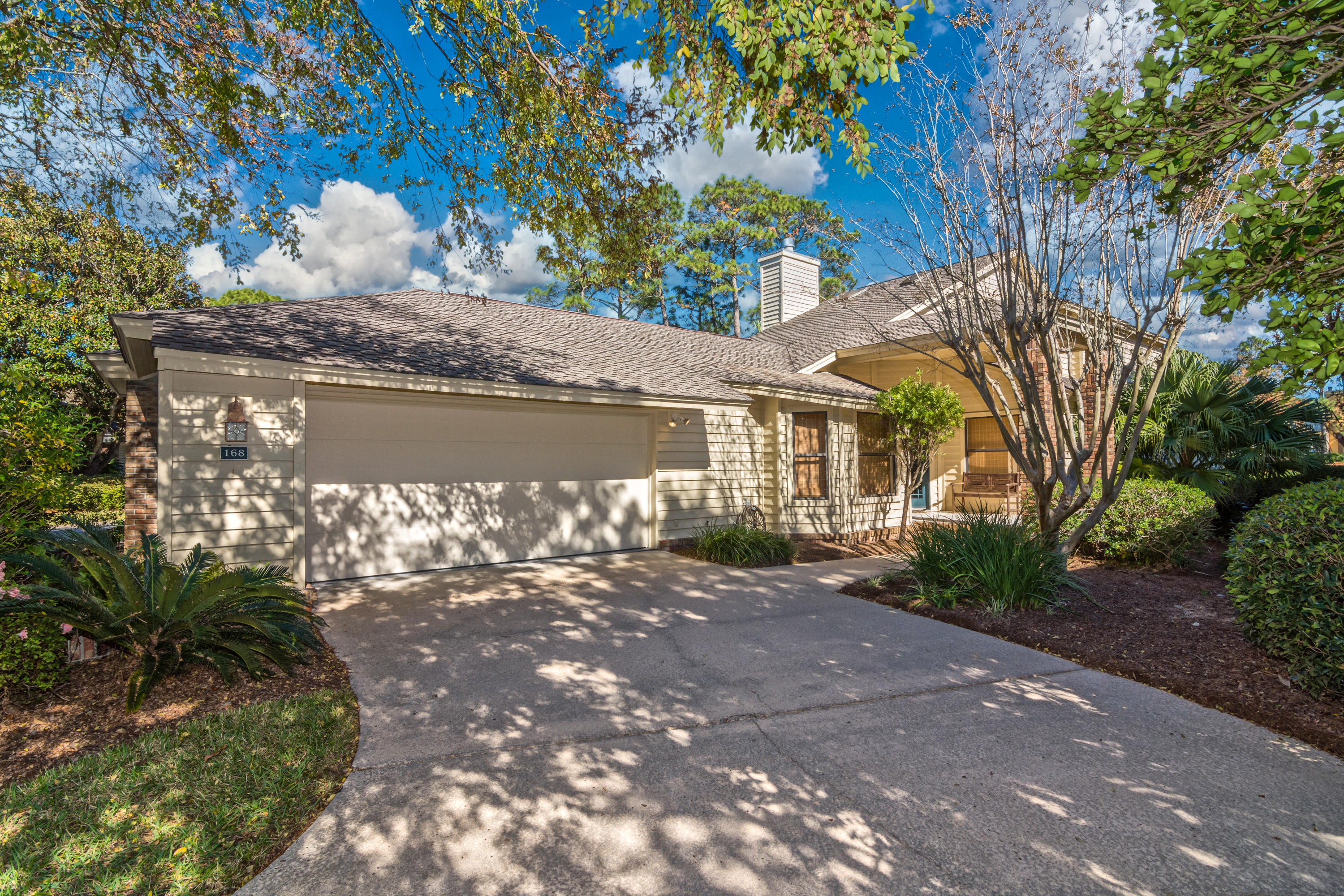 Photo of home for sale at 168 Cove, Miramar Beach FL