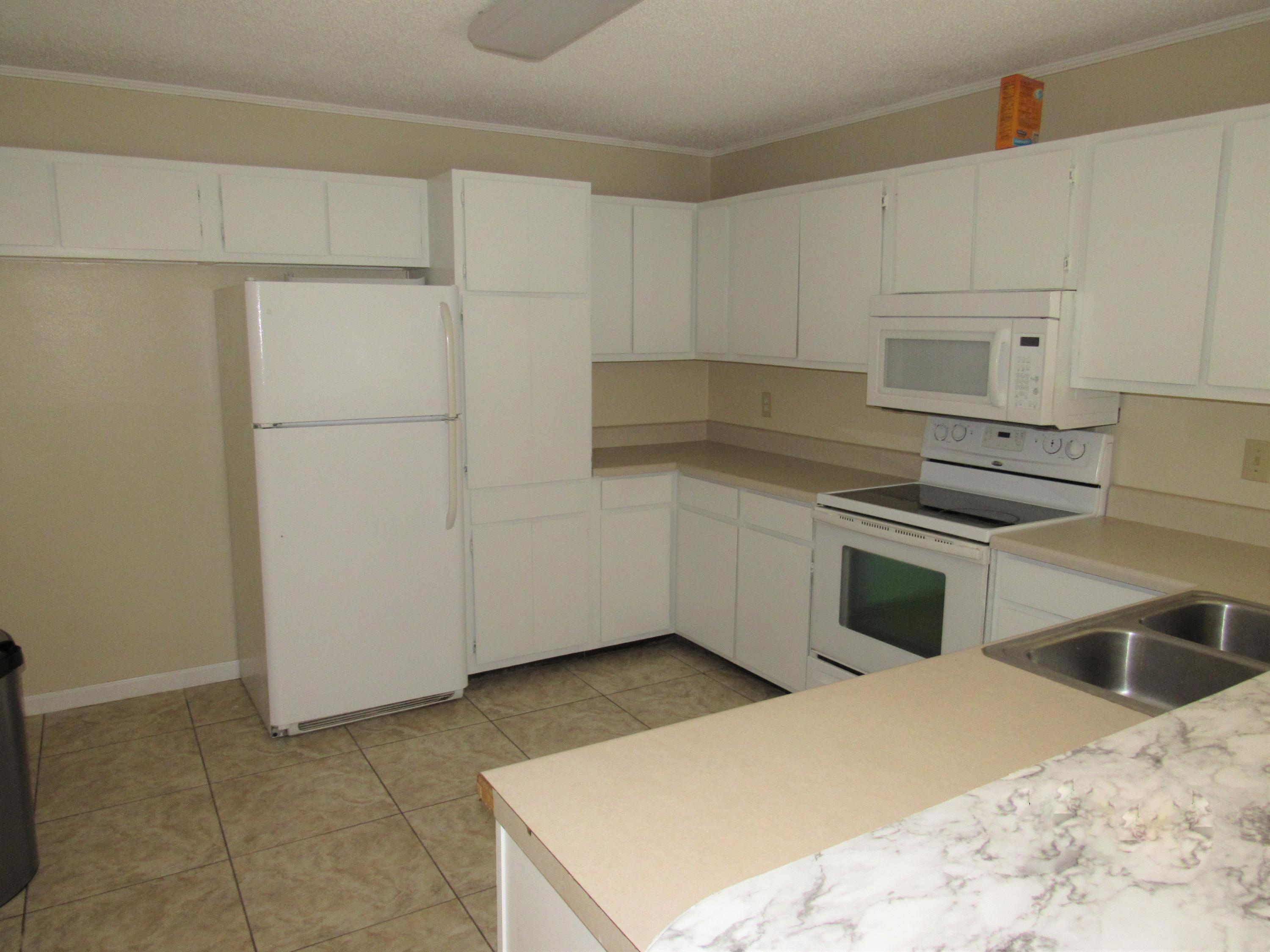 Photo of home for sale at 201 College, Niceville FL
