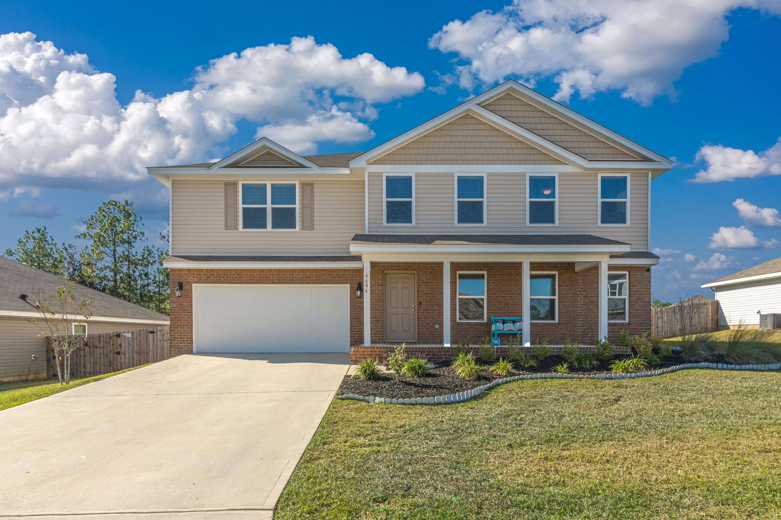 Photo of home for sale at 4606 Plover, Crestview FL