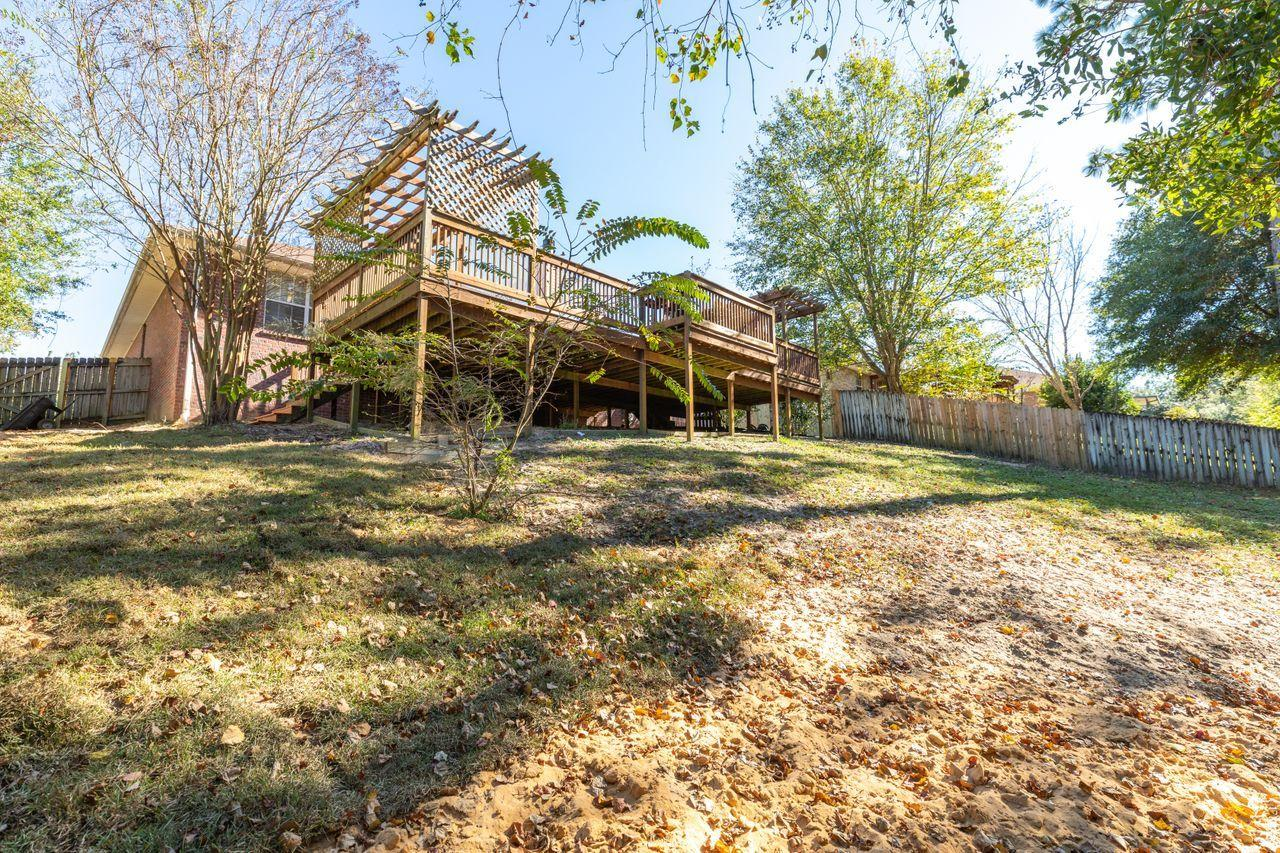 Photo of home for sale at 4870 Orlimar, Crestview FL