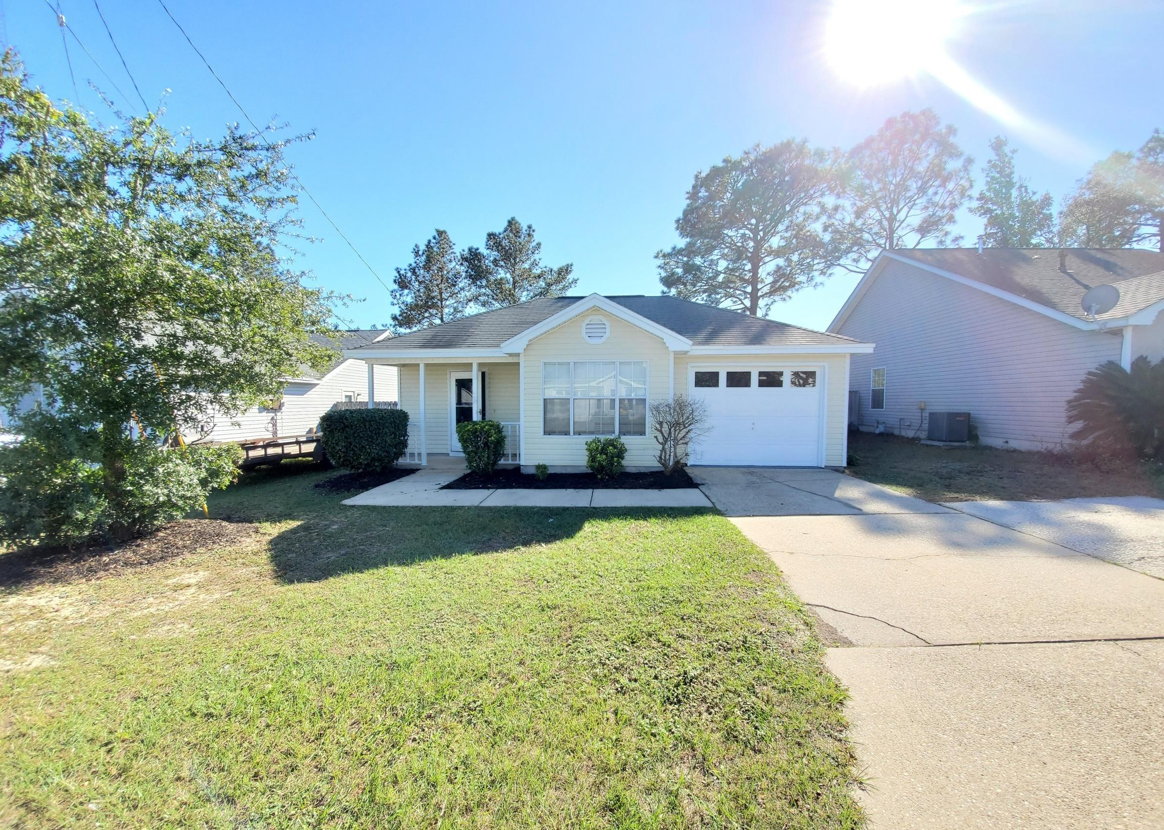 Photo of home for sale at 408 Apple, Crestview FL