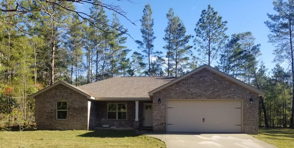 Photo of home for sale at 6091 Garden City, Crestview FL