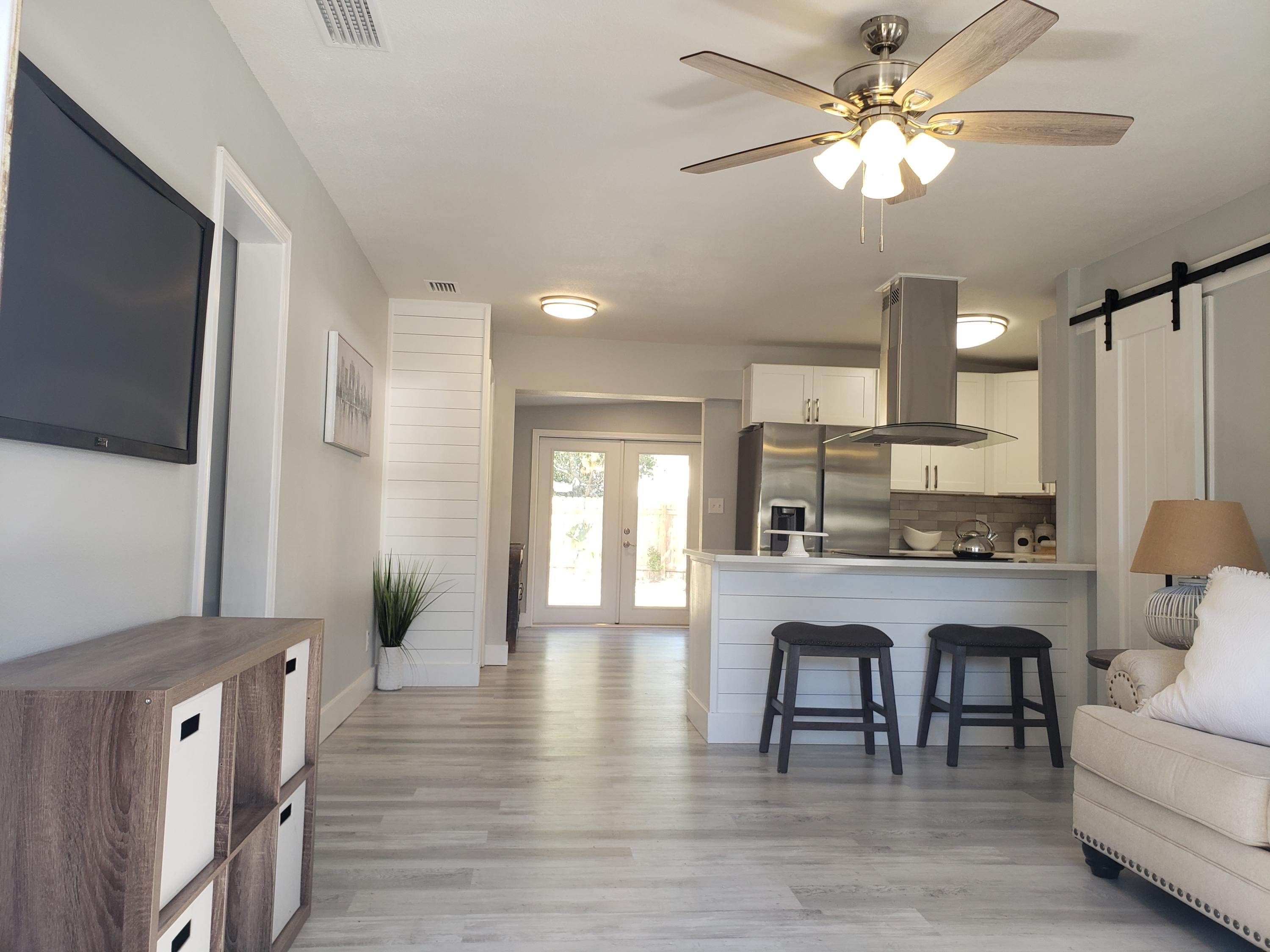 Photo of home for sale at 503 South, Fort Walton Beach FL
