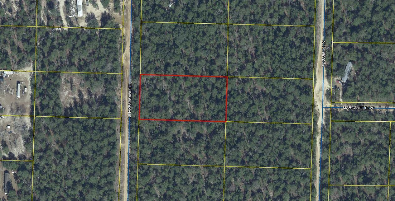 Photo of home for sale at 1 acre Shakespeare, Defuniak Springs FL
