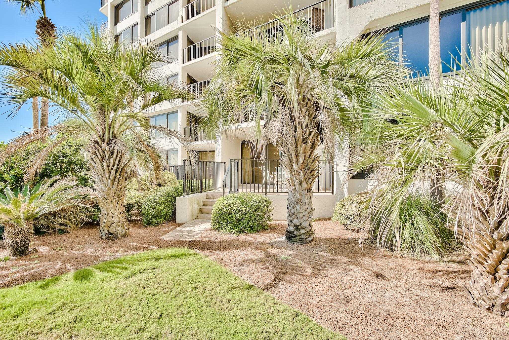 Photo of home for sale at 4017 Beachside One, Miramar Beach FL
