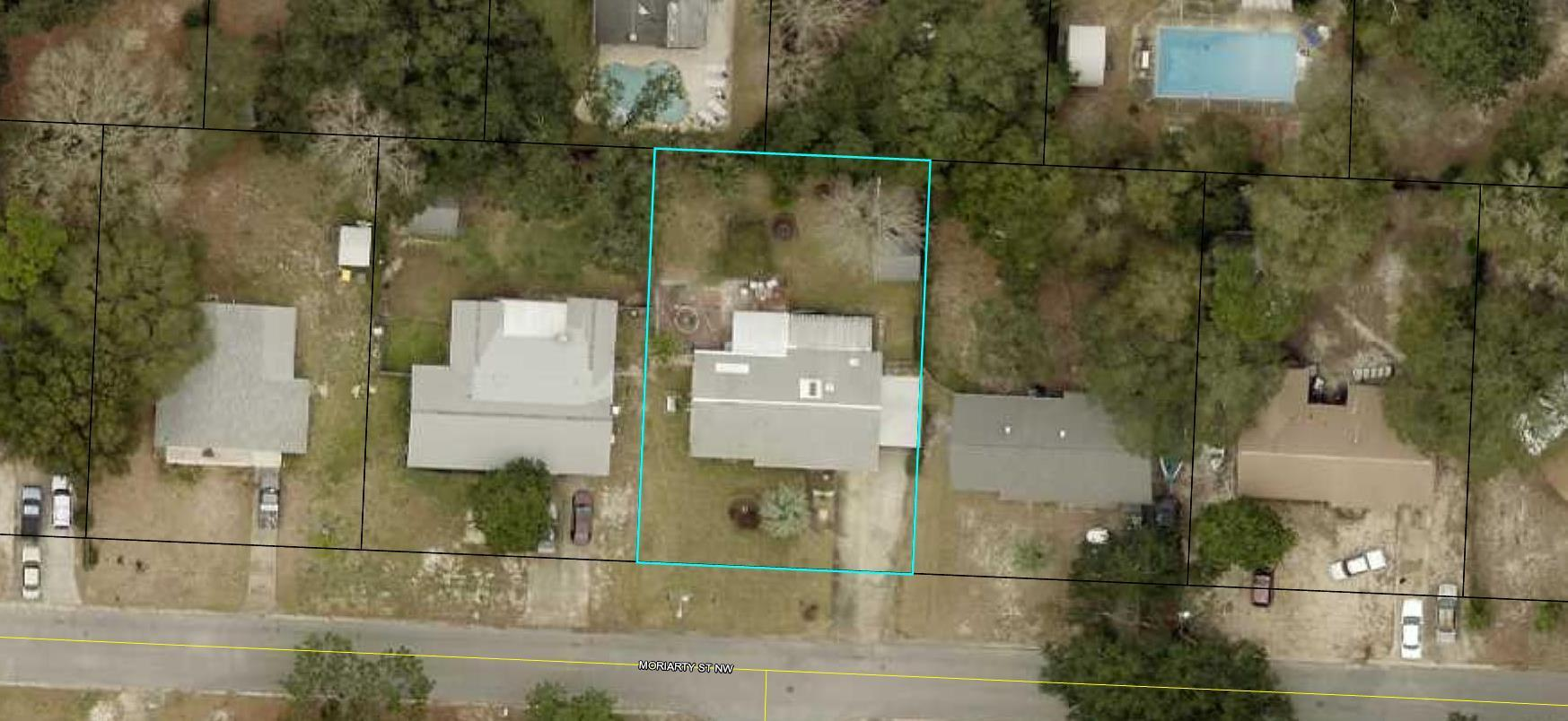 Photo of home for sale at 213 Moriarty, Fort Walton Beach FL