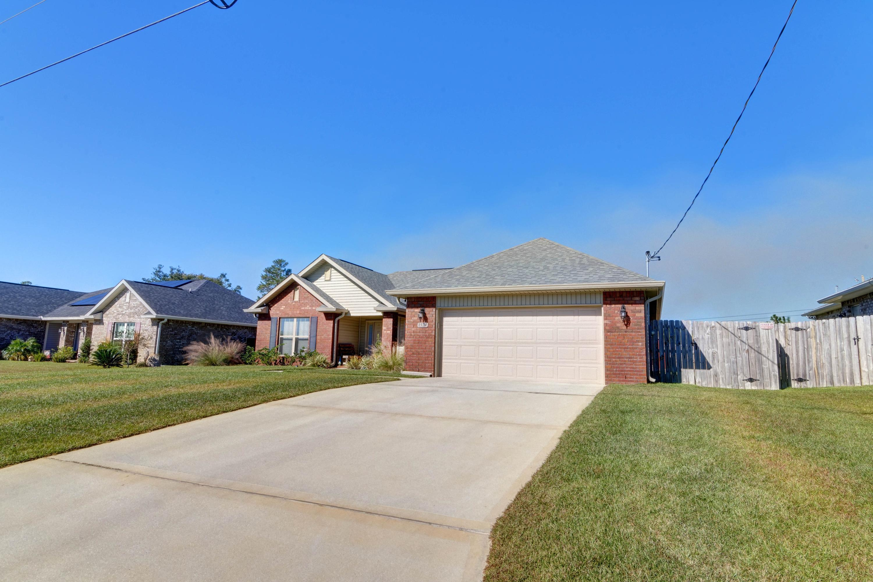 Photo of home for sale at 8524 Holley Hills, Navarre FL