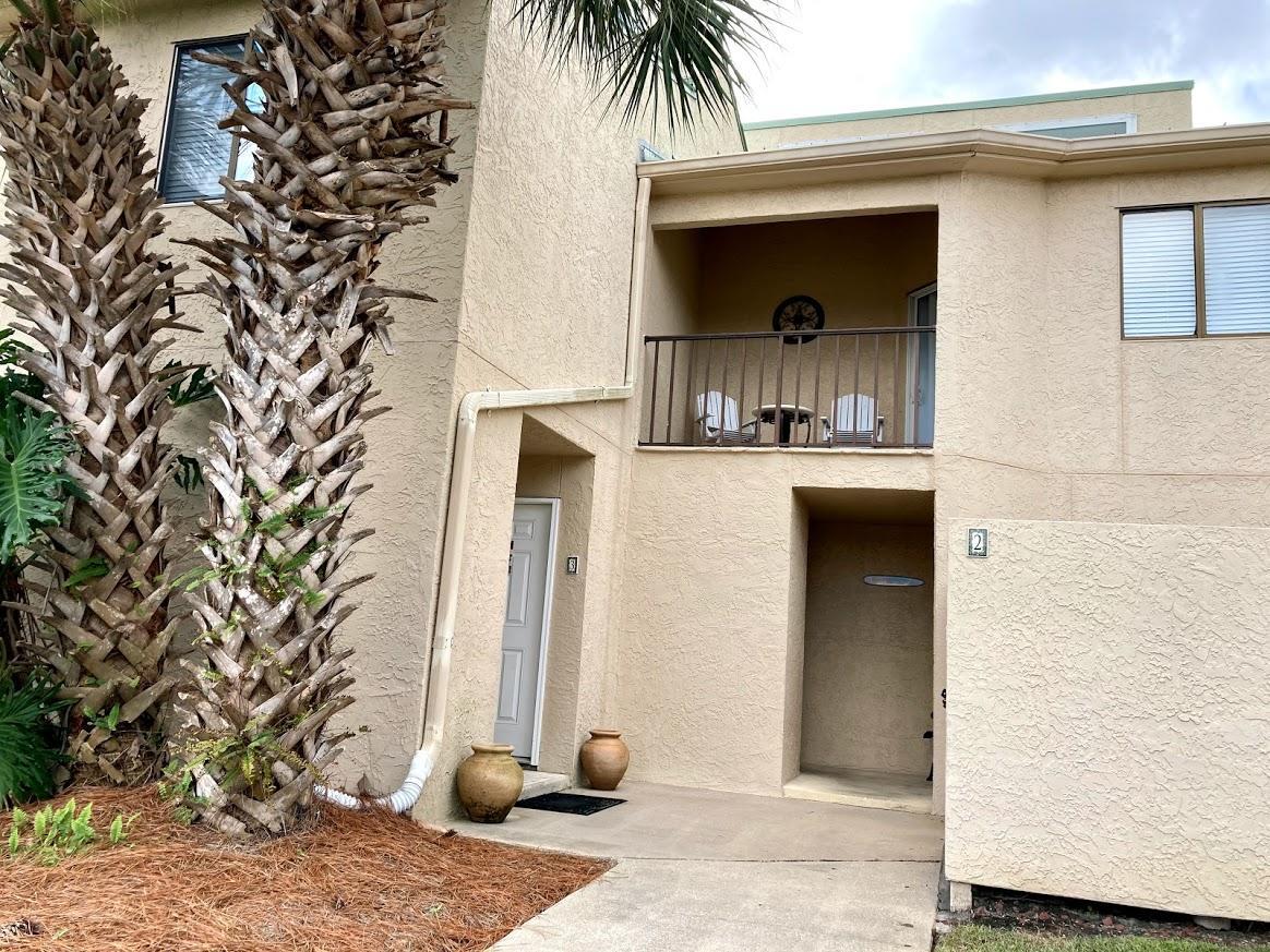 Photo of home for sale at 930 Gulf Shore, Destin FL