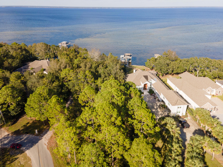 Photo of home for sale at 630 Walton, Miramar Beach FL