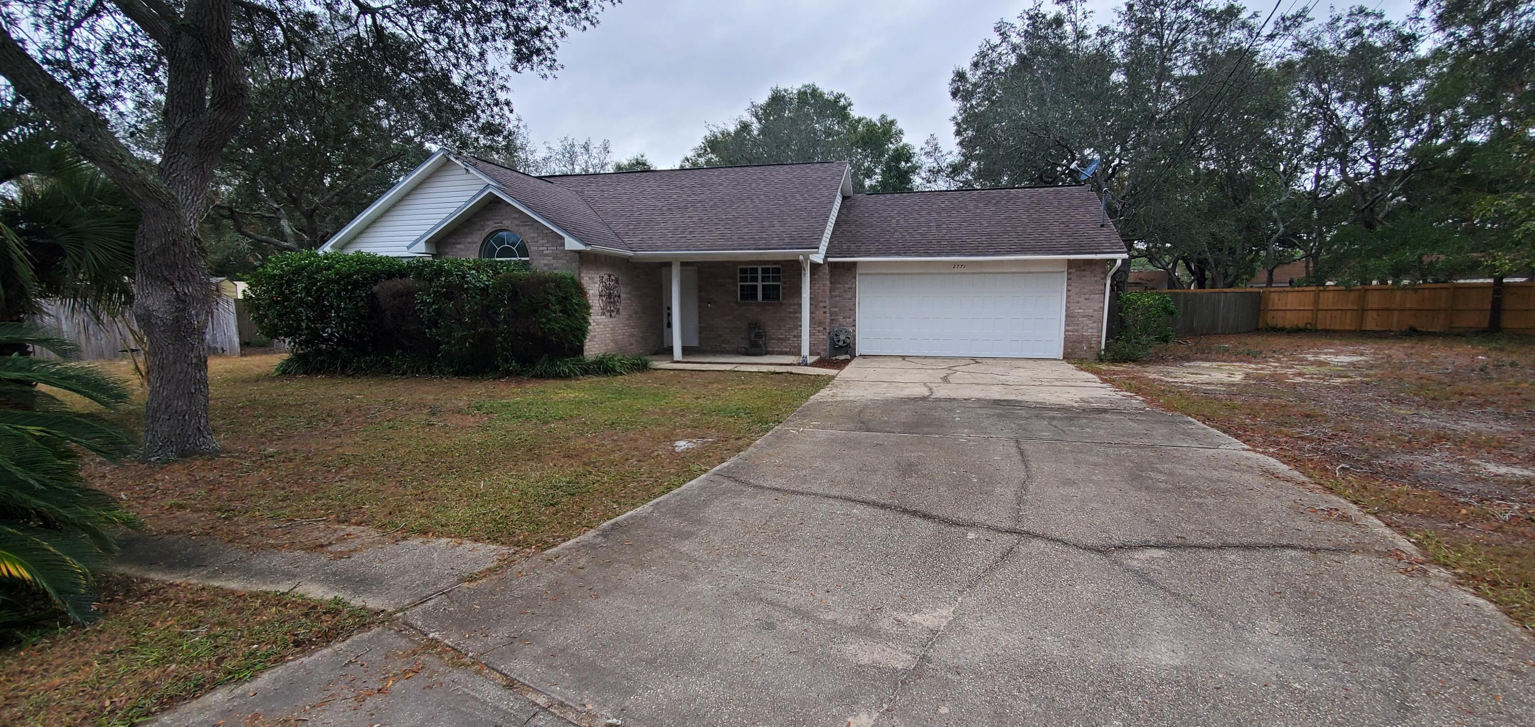 Photo of home for sale at 2771 Pleasant Bay, Navarre FL