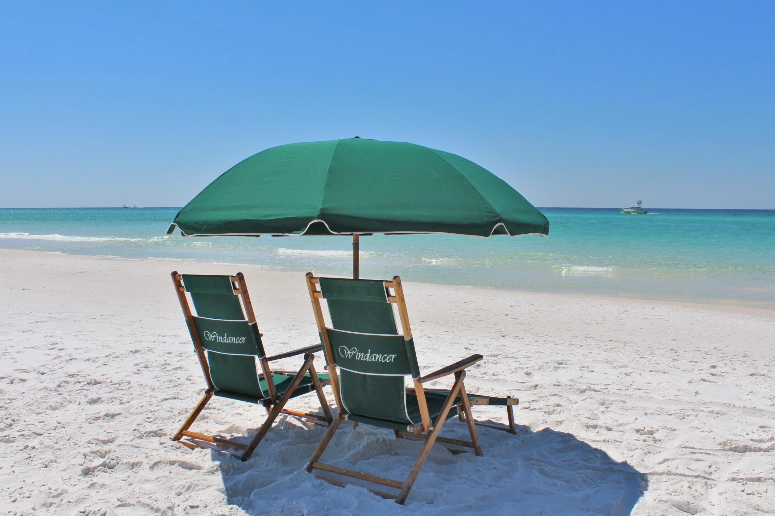 Photo of home for sale at 162 Windancer, Miramar Beach FL