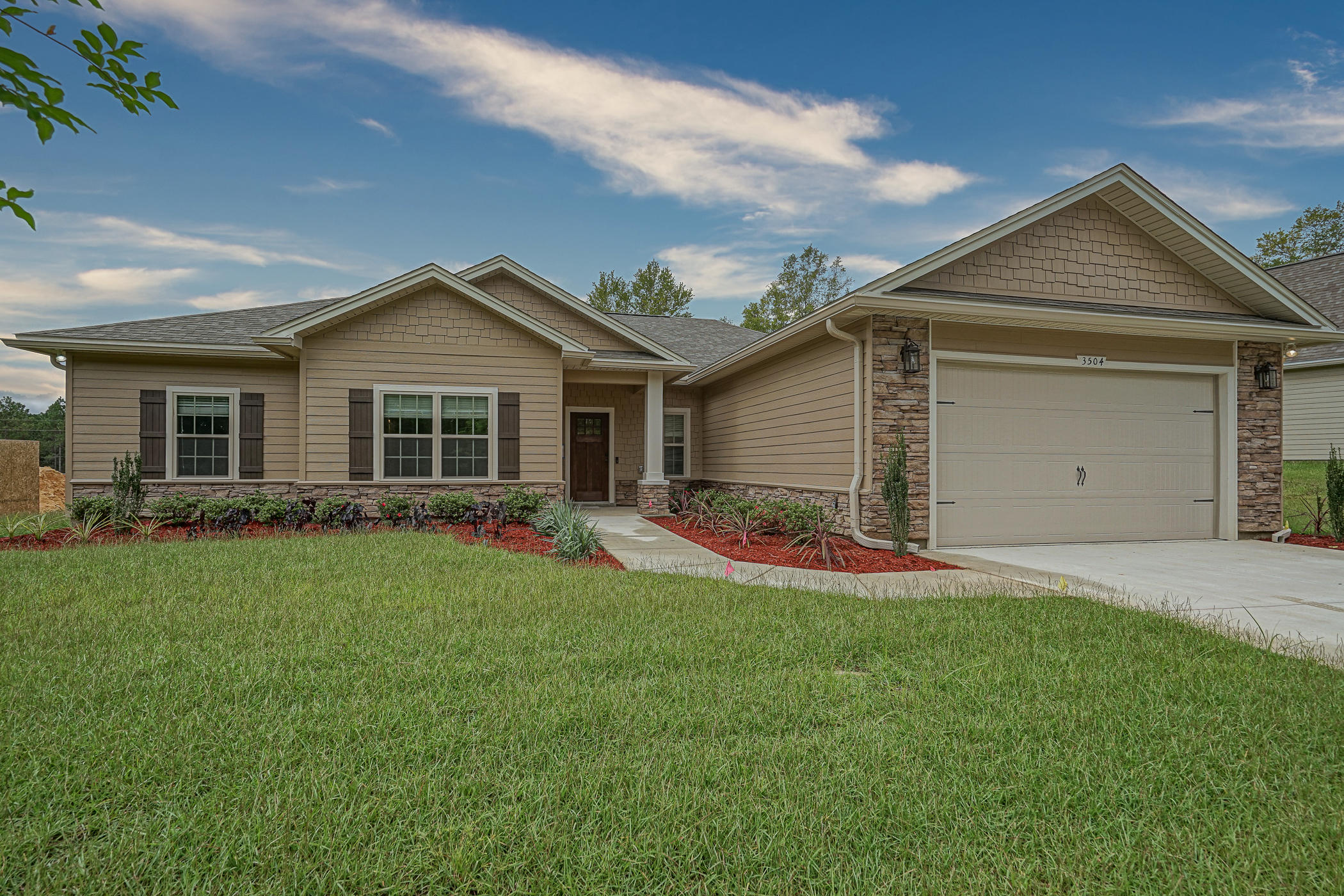 Photo of home for sale at 3506 Malus, Crestview FL