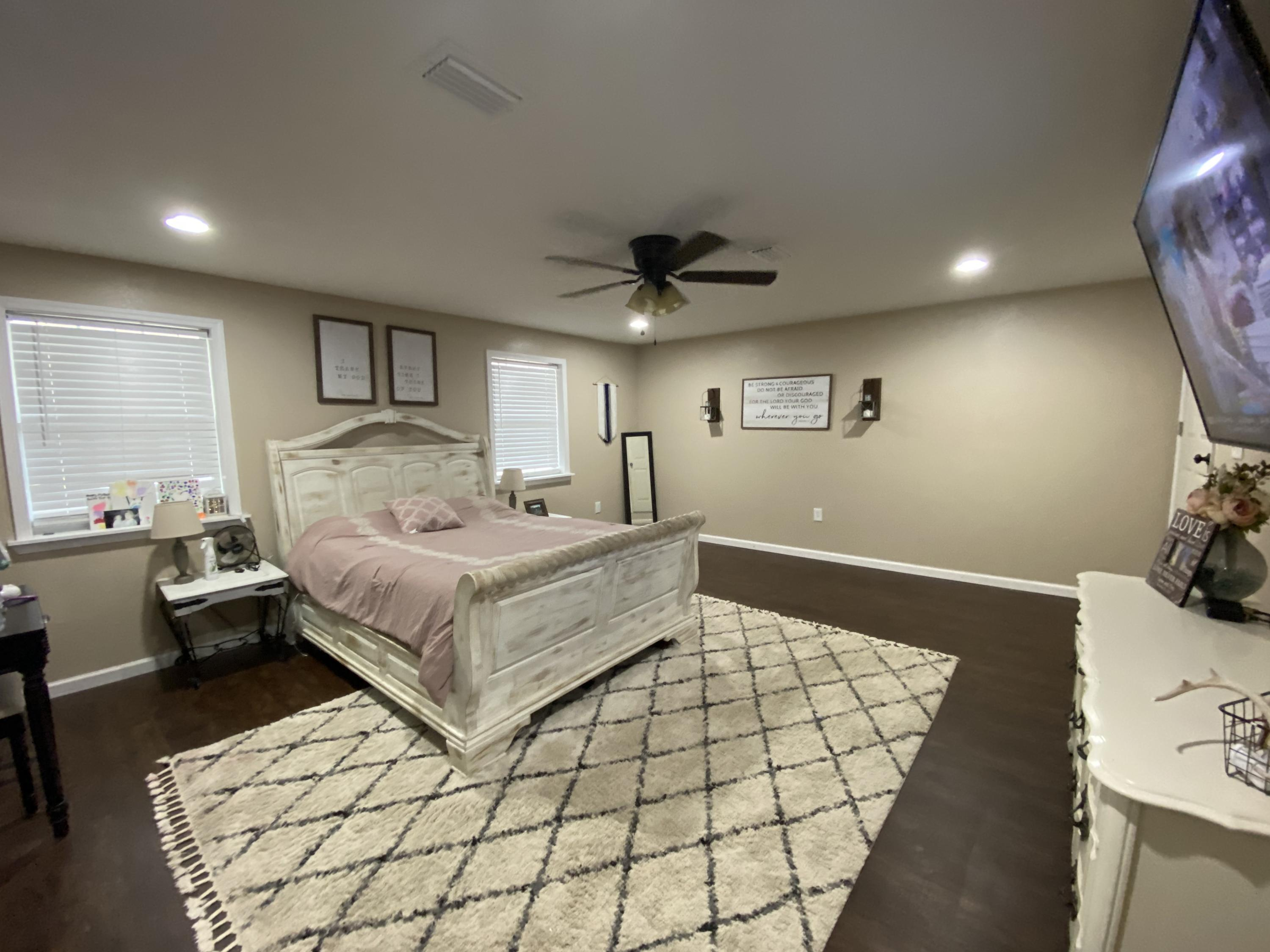 Photo of home for sale at 278 Jones, Crestview FL