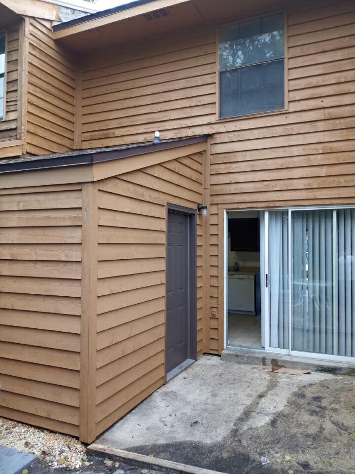 Photo of home for sale at 226 Pelham, Fort Walton Beach FL