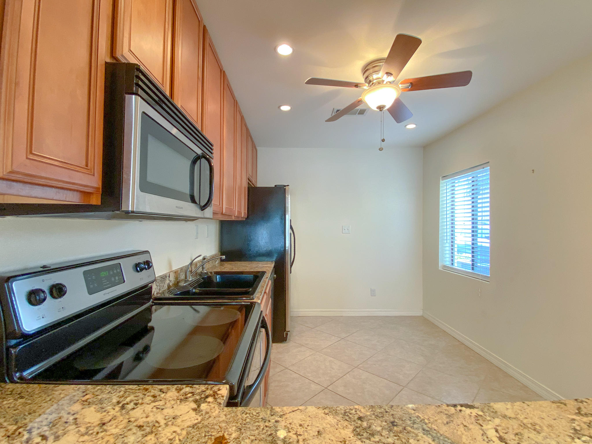 Photo of home for sale at 228 Amberjack, Fort Walton Beach FL