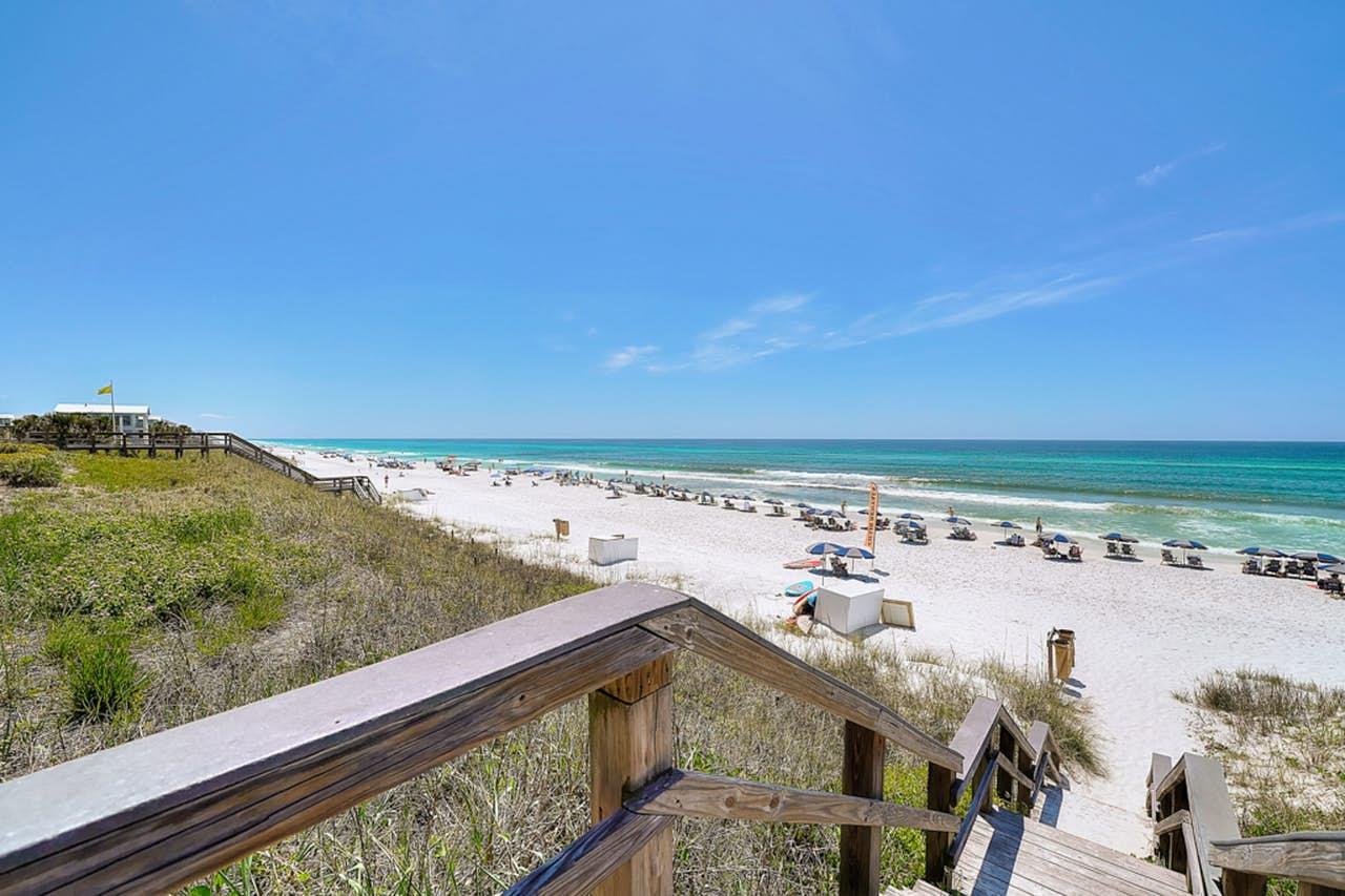 Photo of home for sale at 95 Laura Hamilton, Santa Rosa Beach FL