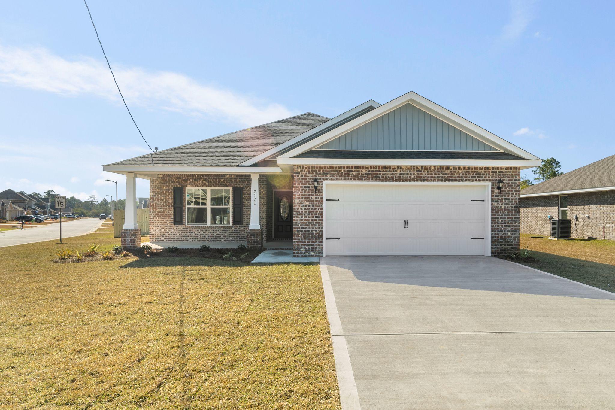Photo of home for sale at 7139 Gordon Evans, Navarre FL
